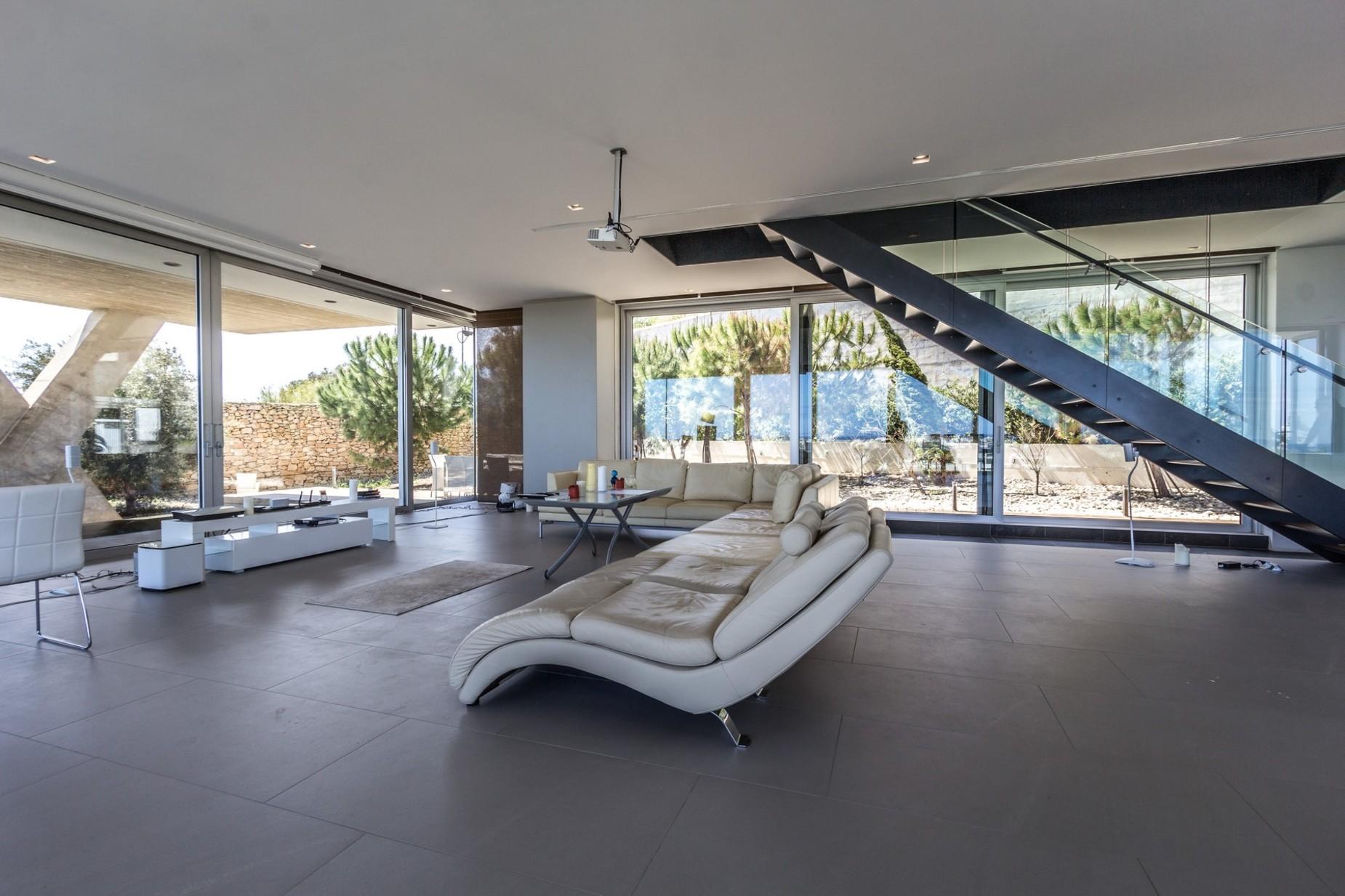 3 bed Villa For Sale in Ibragg, Ibragg - thumb 6