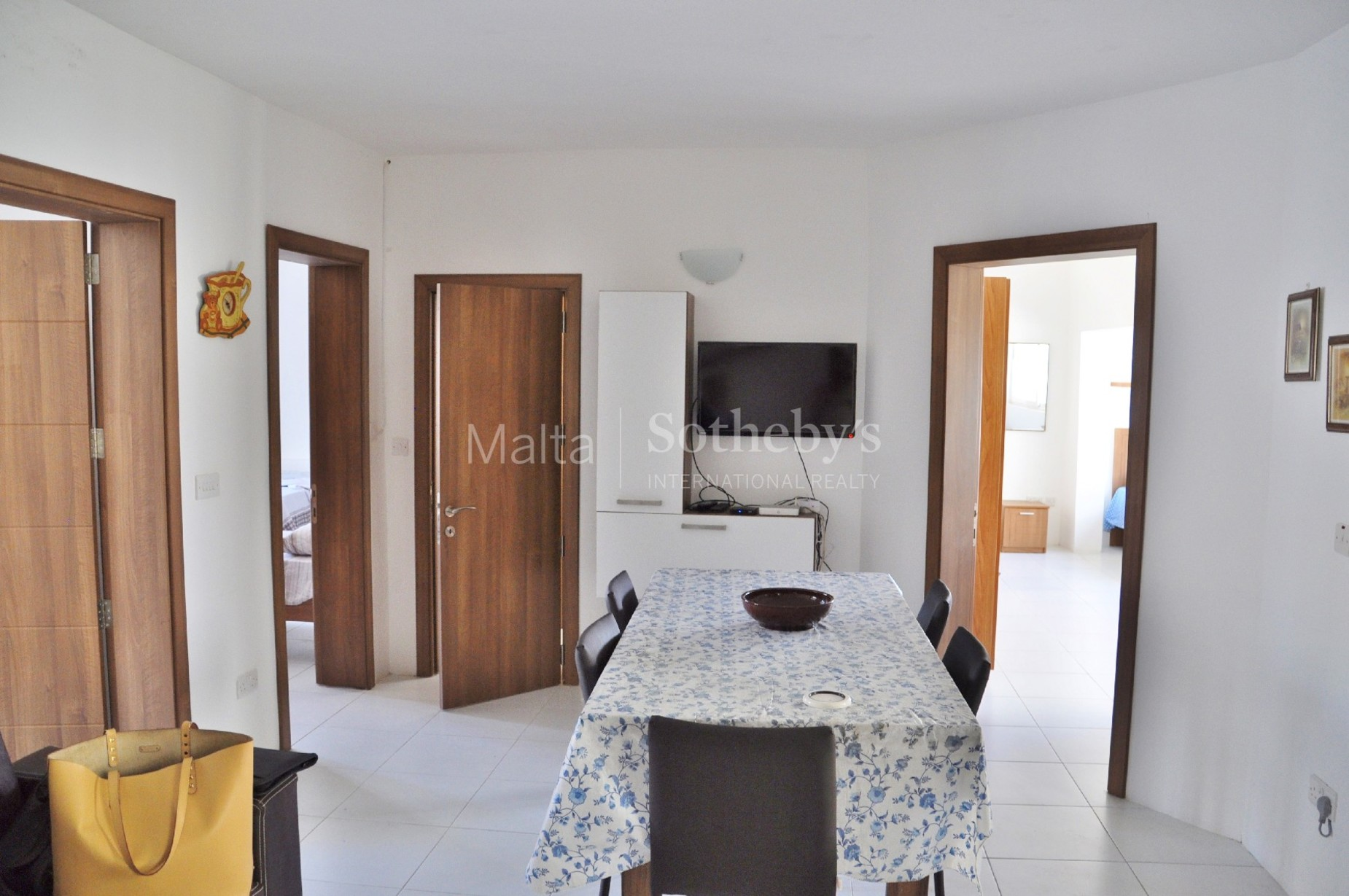 5 bed Apartment For Rent in St Julian's, St Julian's - thumb 7