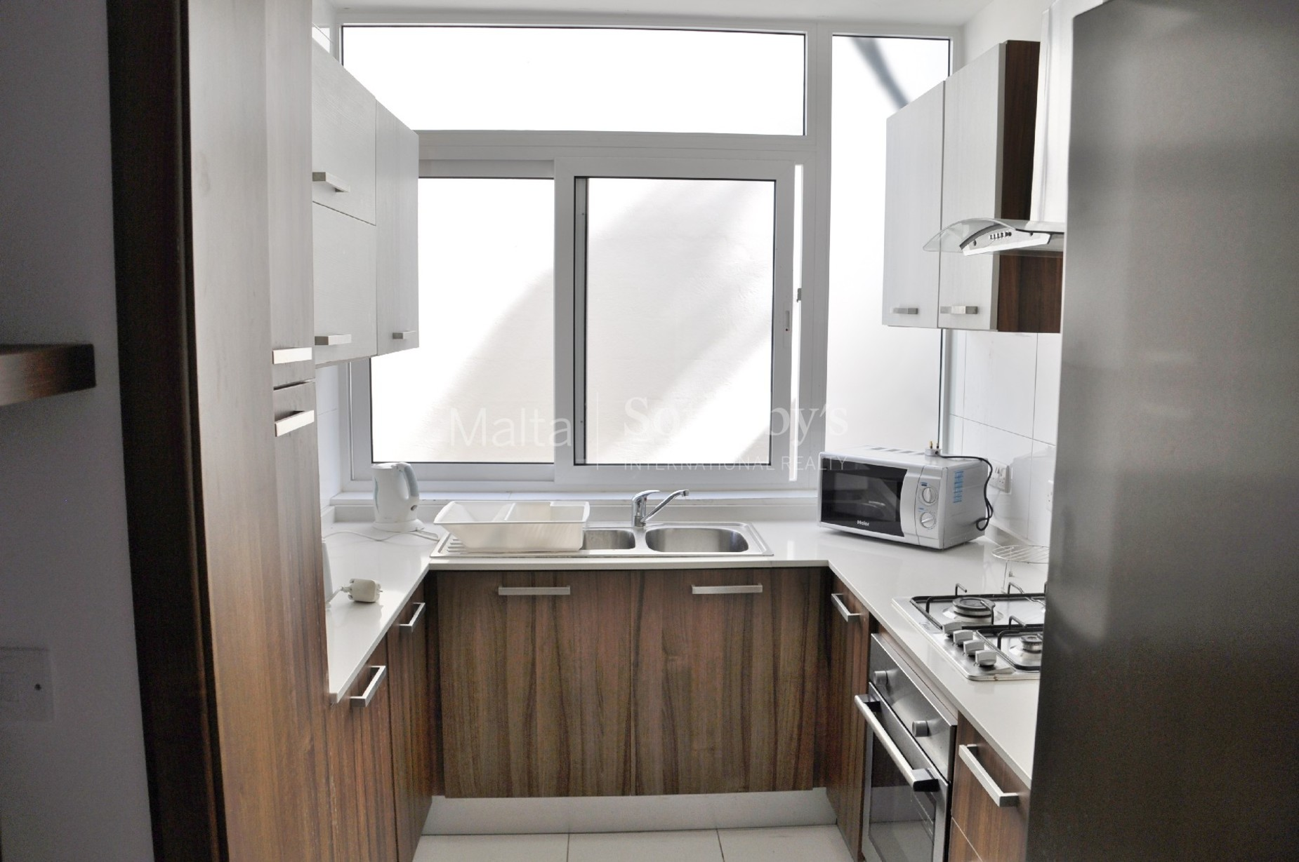 5 bed Apartment For Rent in St Julian's, St Julian's - thumb 5