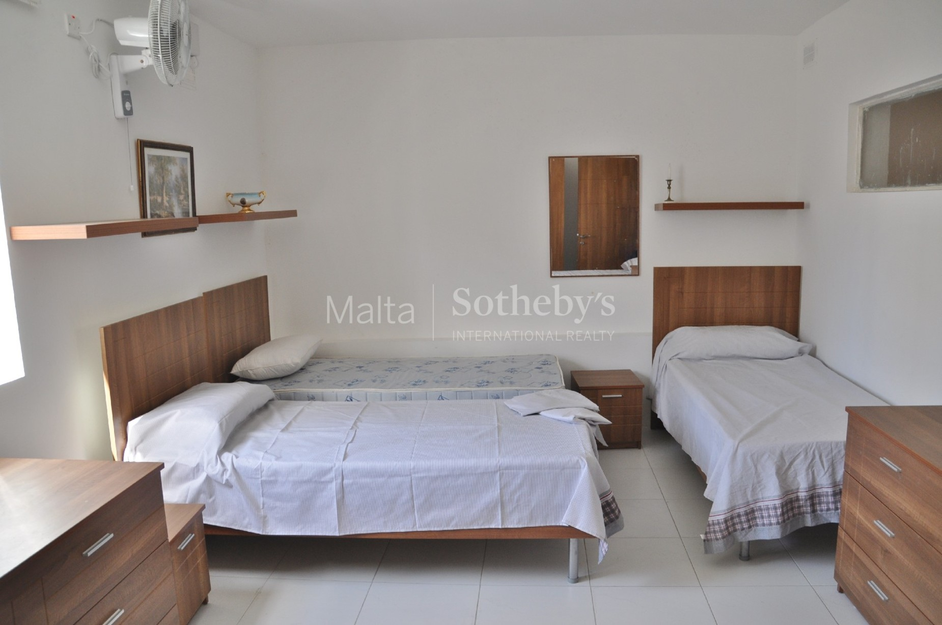 5 bed Apartment For Rent in St Julian's, St Julian's - thumb 3