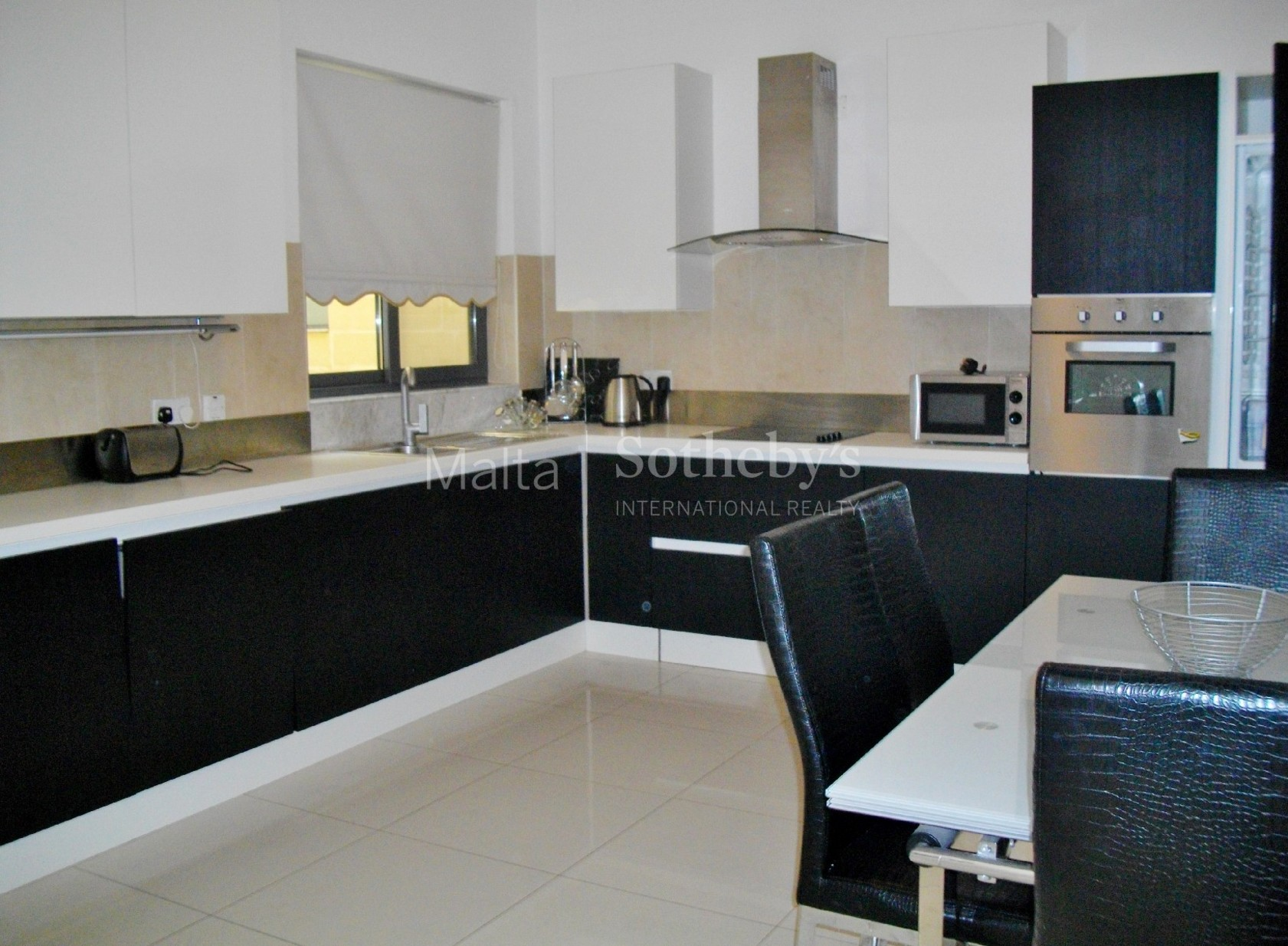 3 bed Penthouse For Rent in St Julian's, St Julian's - thumb 6