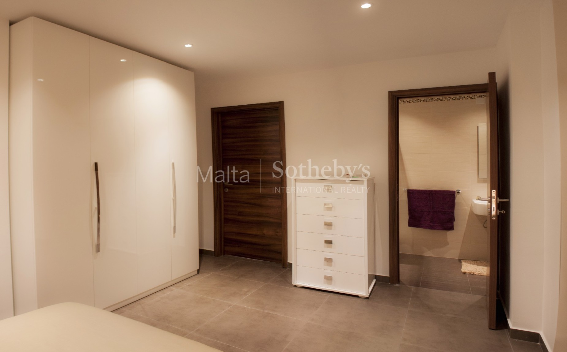 2 bed Apartment For Rent in Sliema, Sliema - thumb 4