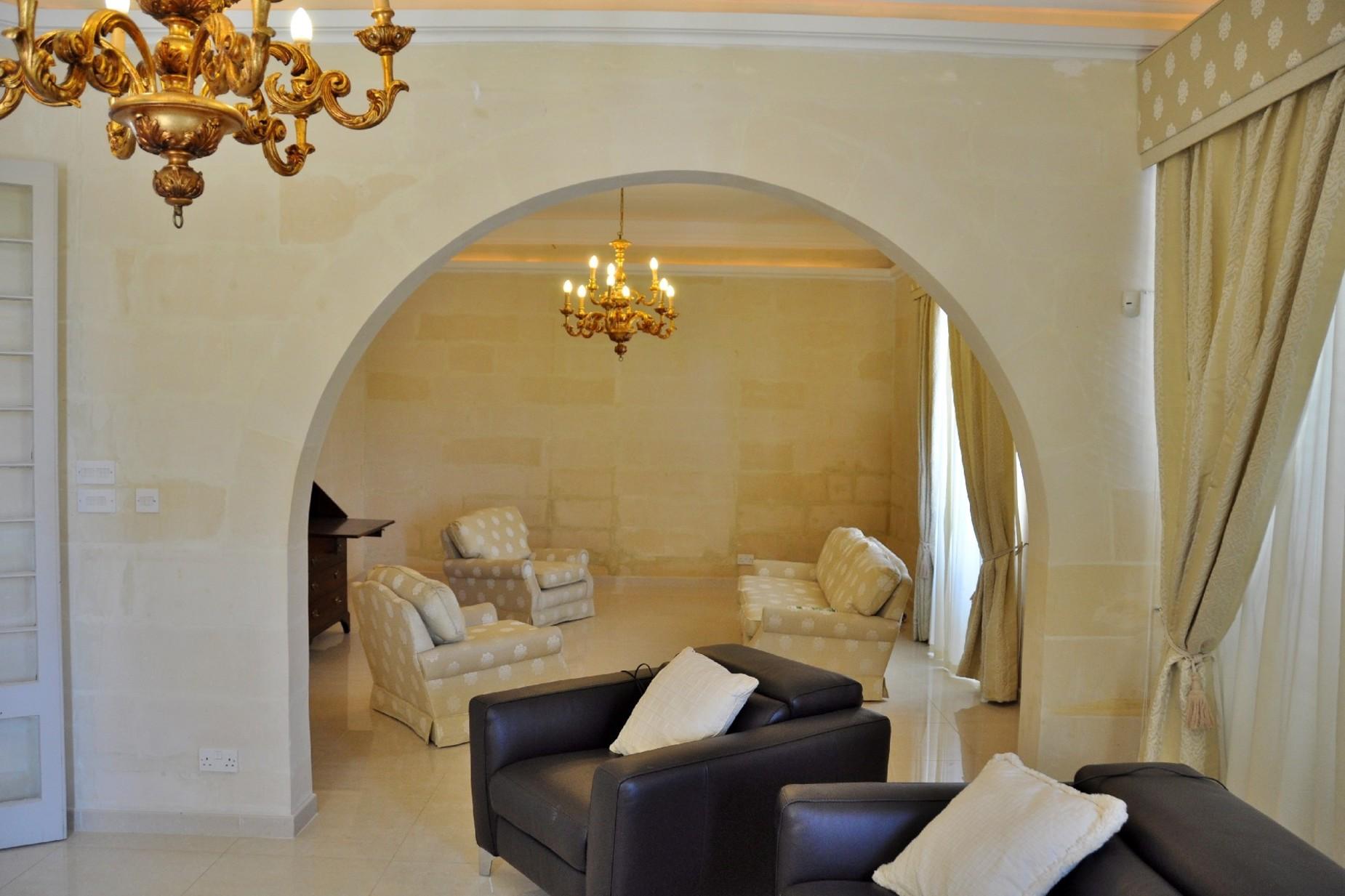 4 bed Villa For Rent in Ta' Xbiex, Ta' Xbiex - thumb 4