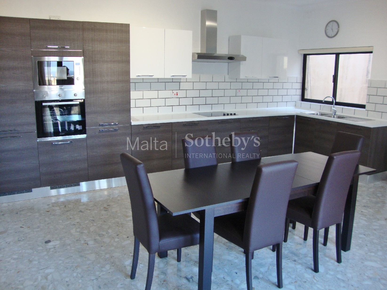 3 bed Penthouse For Rent in St Julian's, St Julian's - thumb 4