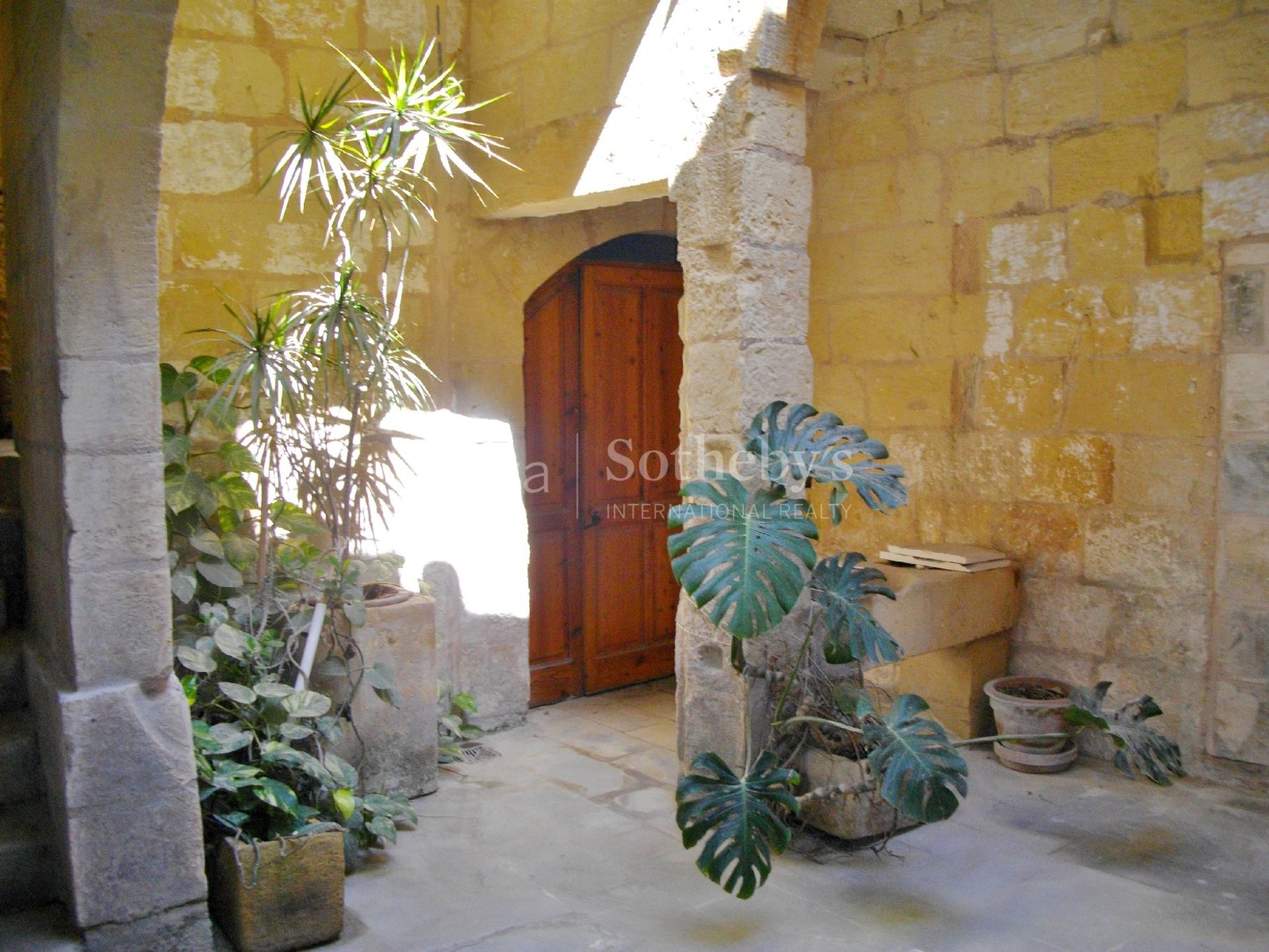 0 bed Office For Rent in Mosta, Mosta - thumb 2