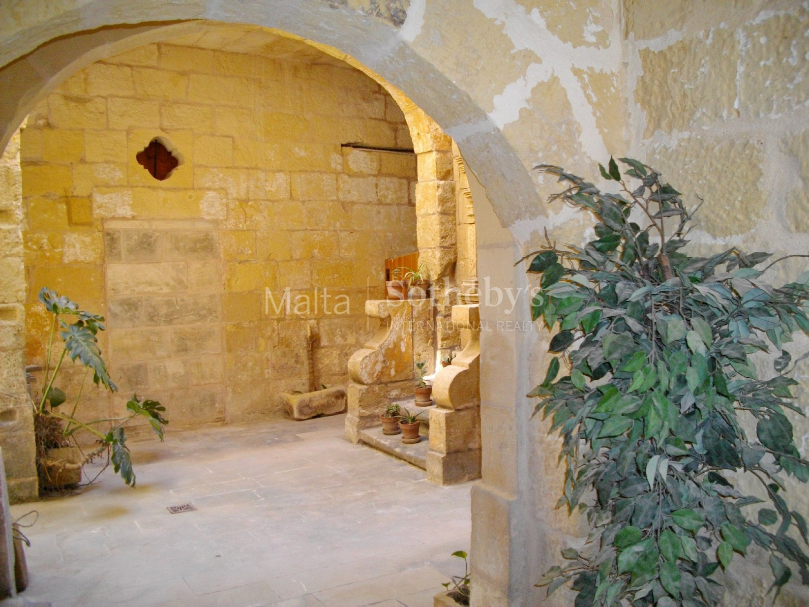 0 bed Office For Rent in Mosta, Mosta - thumb 3