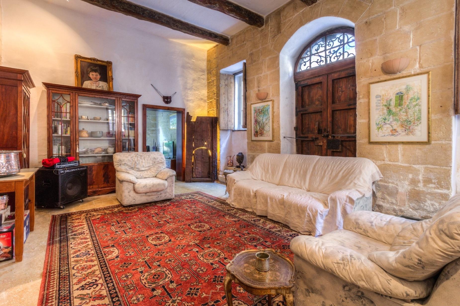2 bed Villa For Rent in Lija, Lija - thumb 3