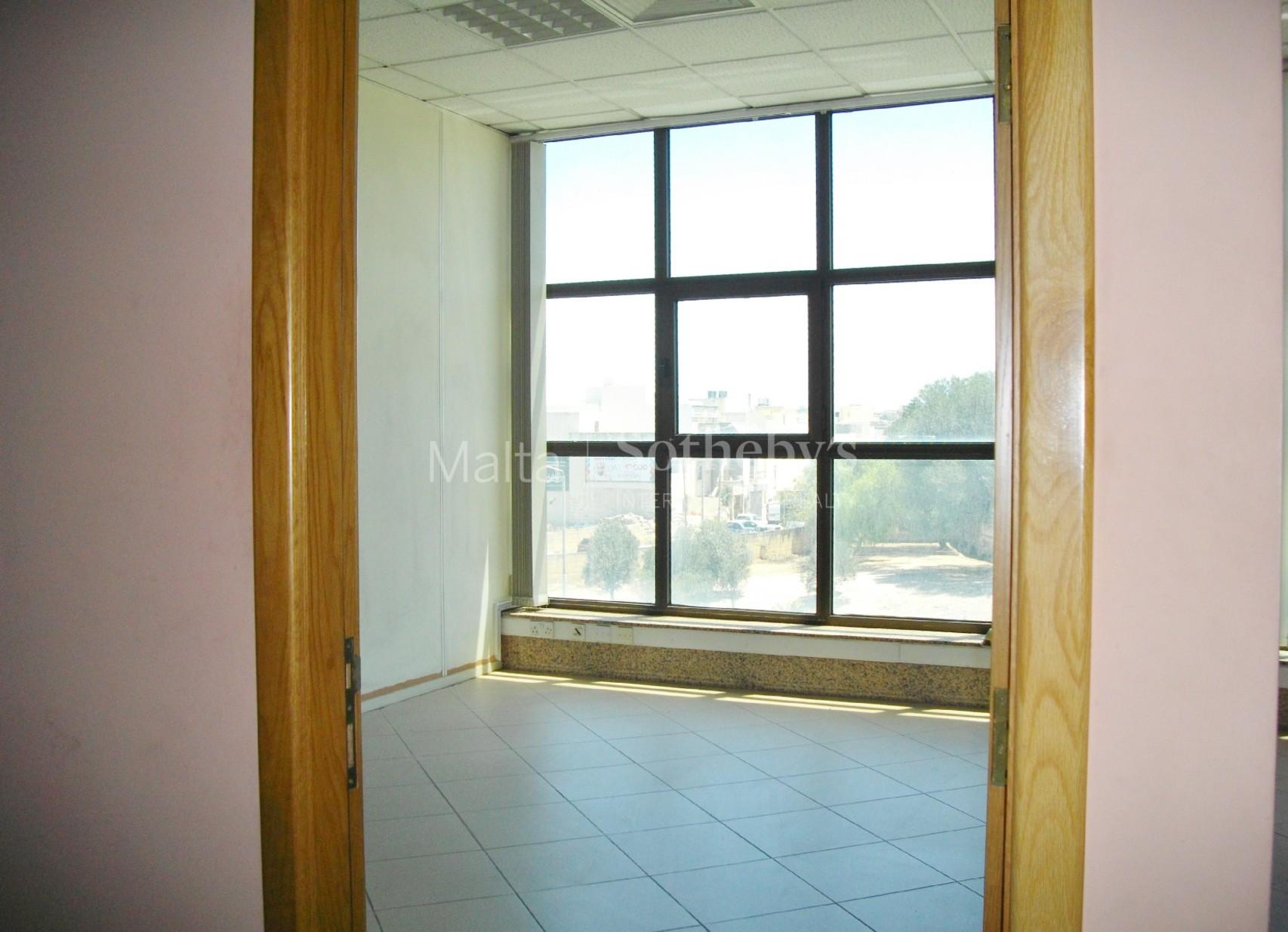 0 bed Office For Rent in Santa Venera, Santa Venera - thumb 2