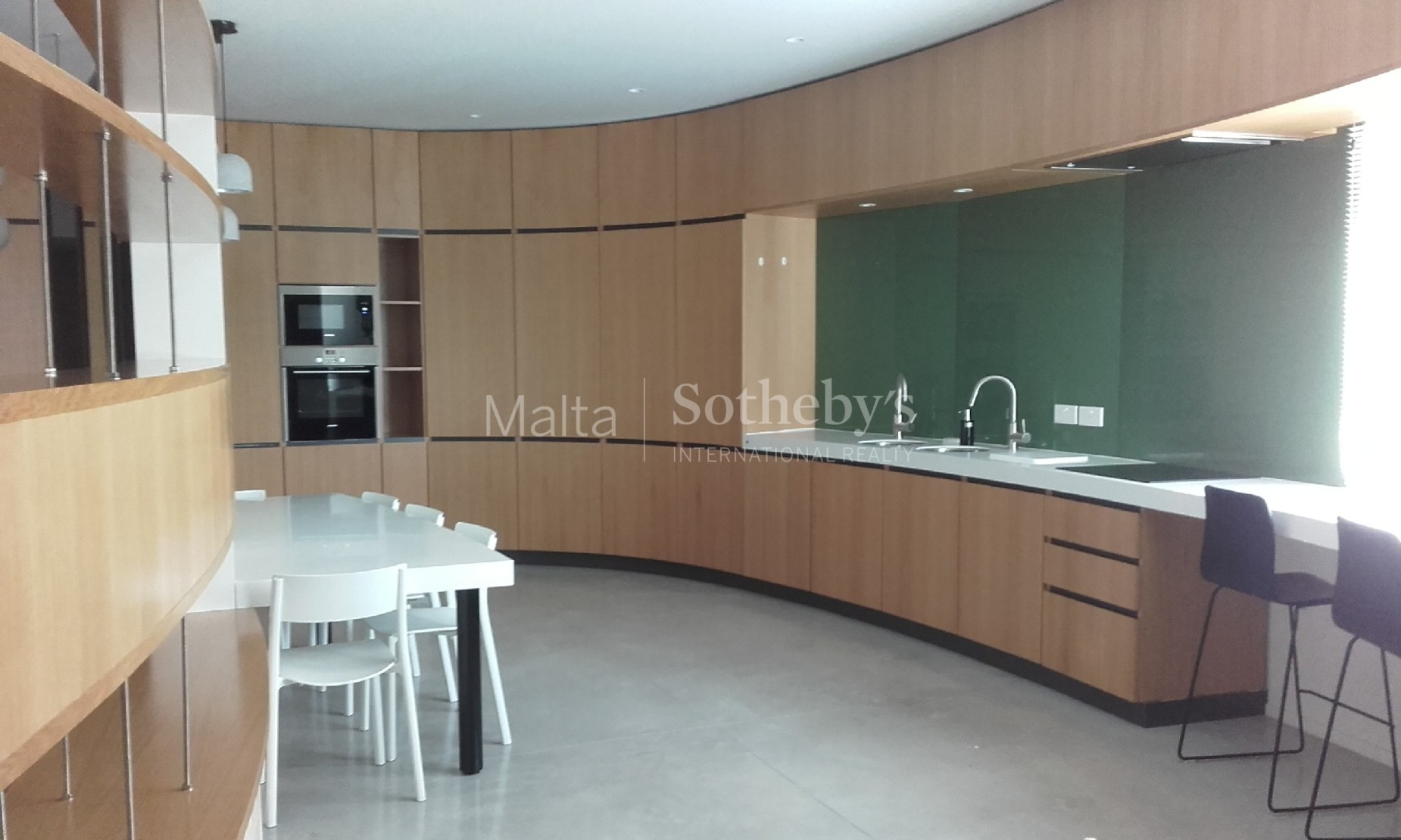 3 bed Apartment For Rent in Ta' Xbiex, Ta' Xbiex - thumb 4
