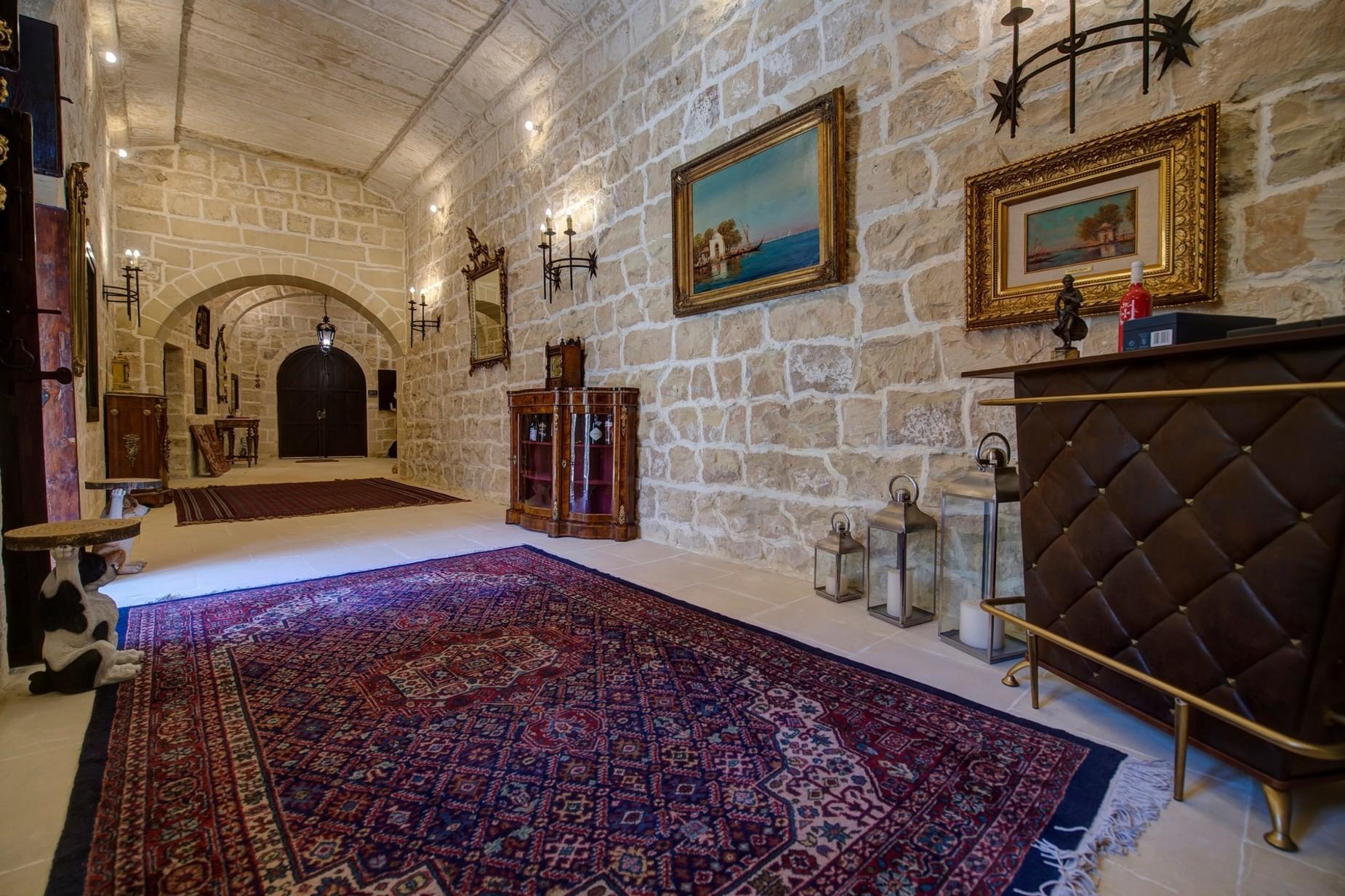 5 bed Palazzo For Sale in Qormi, Qormi - thumb 3