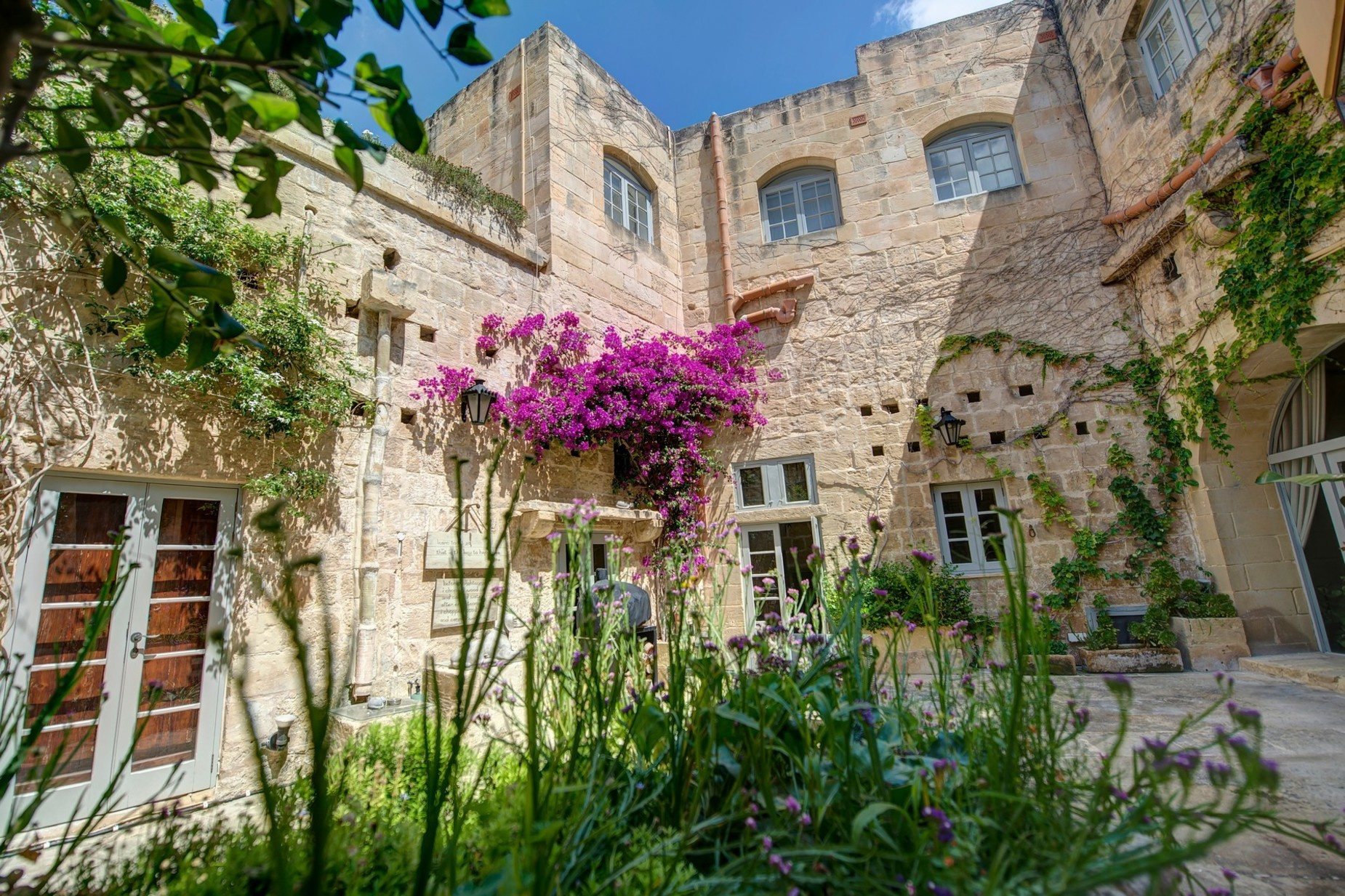 5 bed Palazzo For Sale in Qormi, Qormi - thumb 2