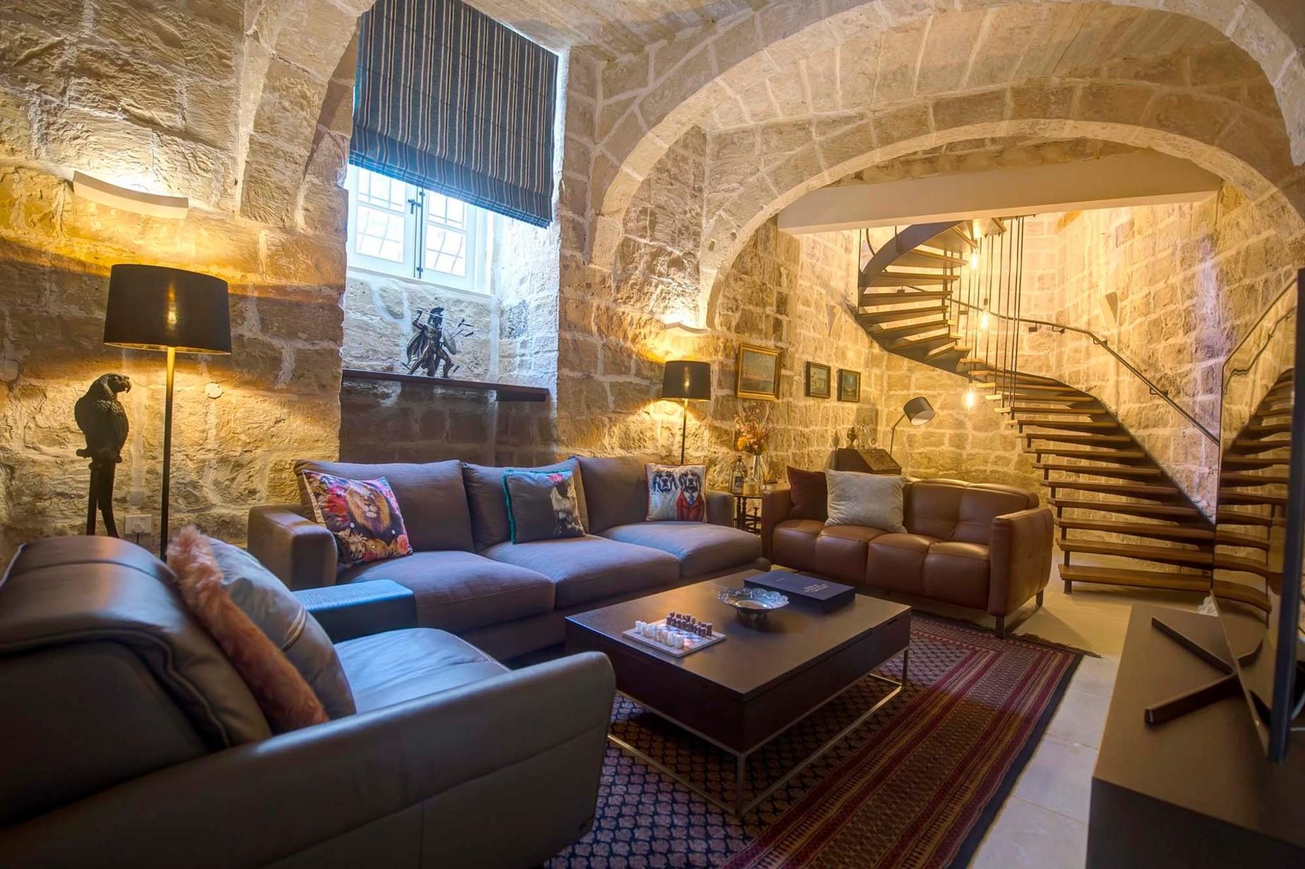 5 bed Palazzo For Sale in Qormi, Qormi - thumb 5