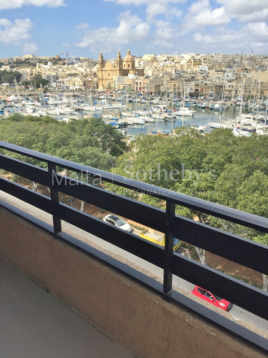 3 bed Apartment For Rent in Msida, Msida - thumb 10