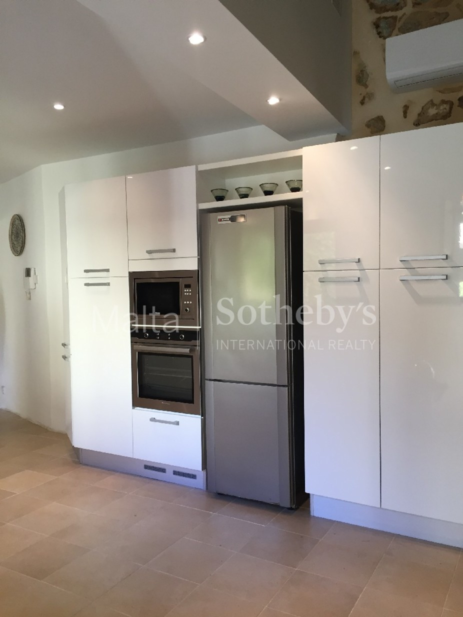 2 bed Town House For Rent in Siggiewi, Siggiewi - thumb 5