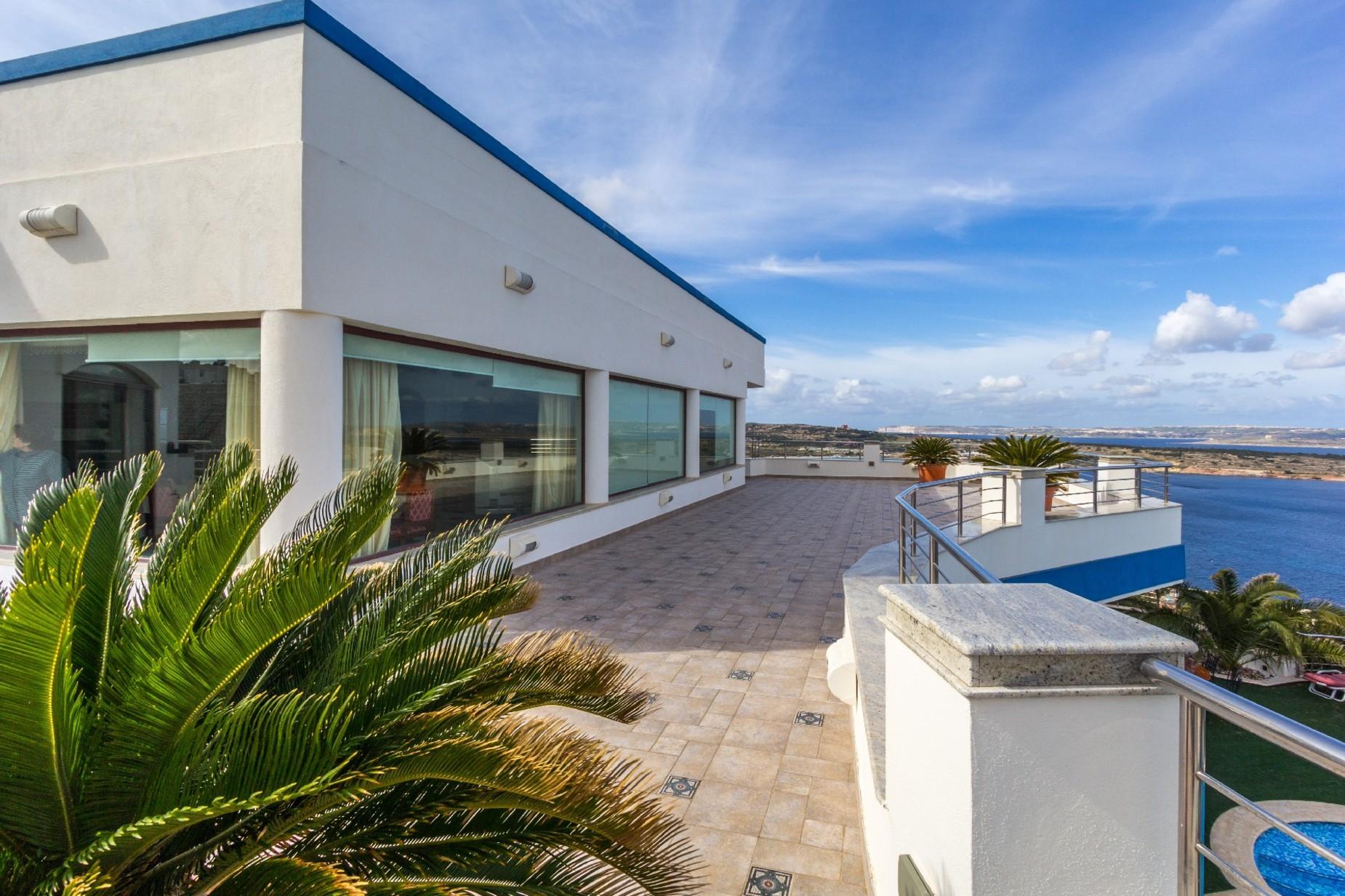 7 bed Villa For Sale in Mellieha, Mellieha - thumb 12