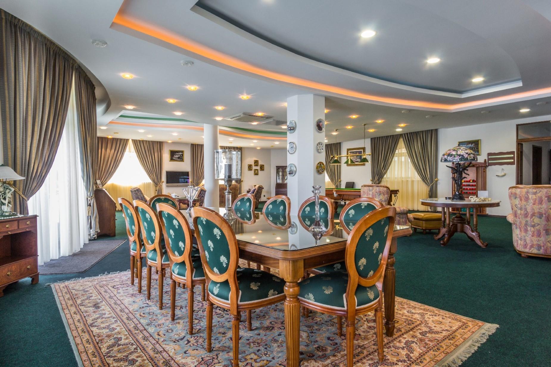 7 bed Villa For Sale in Mellieha, Mellieha - thumb 4