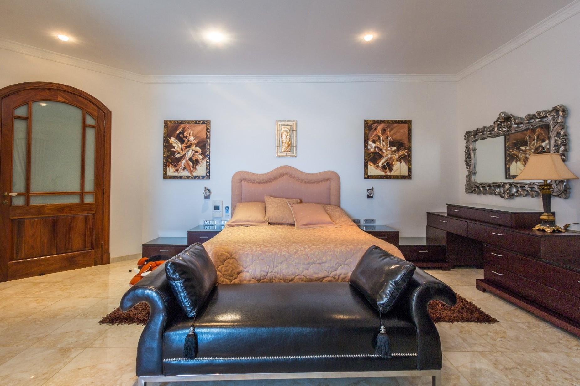 7 bed Villa For Sale in Mellieha, Mellieha - thumb 14