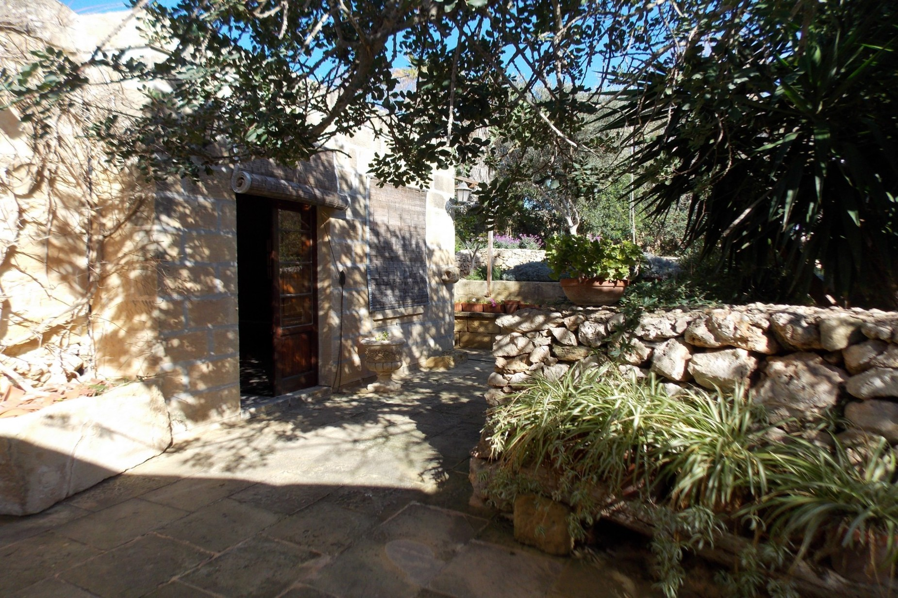 5 bed Farmhouse For Sale in Xaghra, Xaghra - thumb 9
