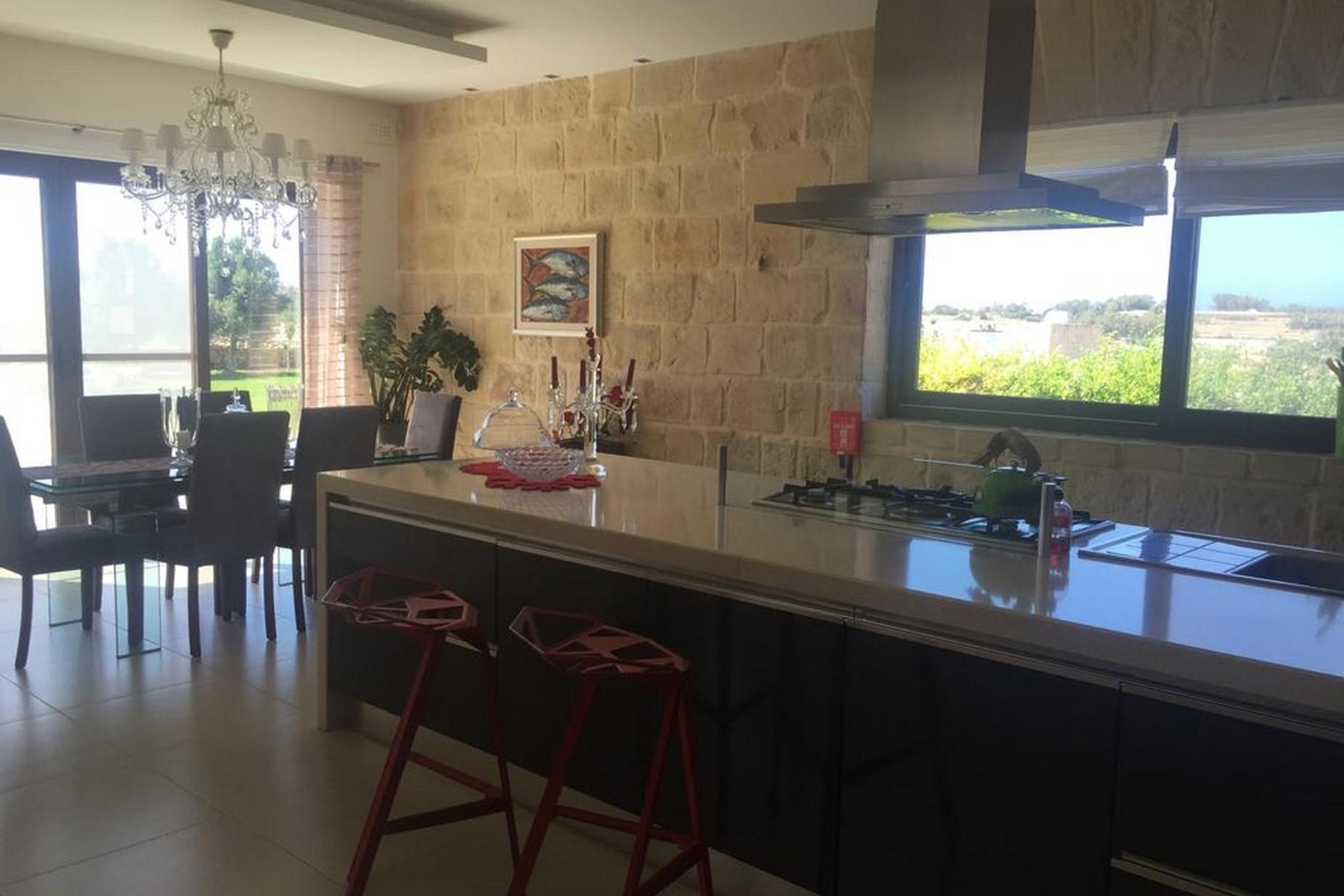 4 bed Villa For Rent in Marsascala, Marsascala - thumb 5