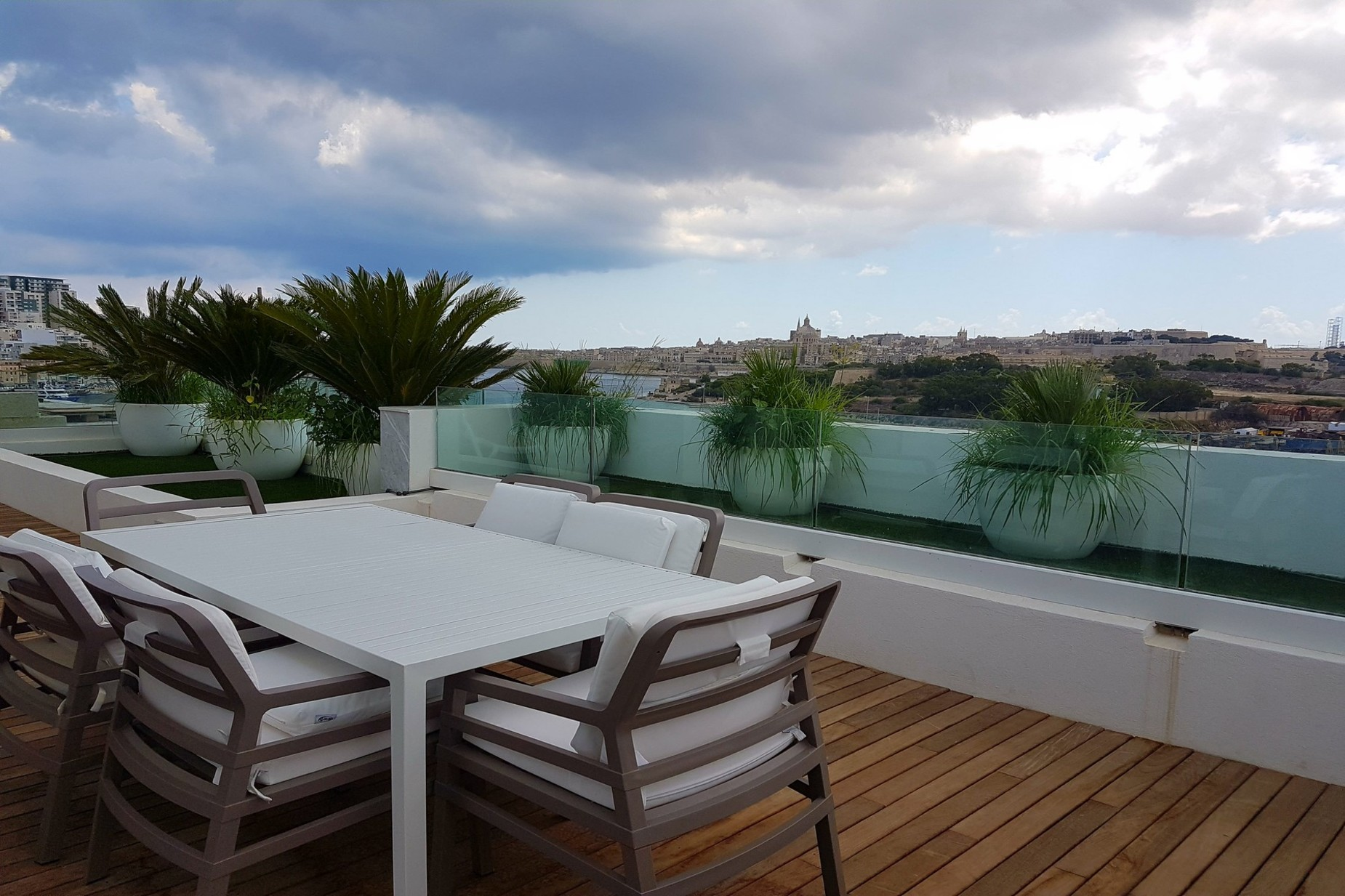 1 bed Penthouse For Rent in Gzira, Gzira - thumb 7