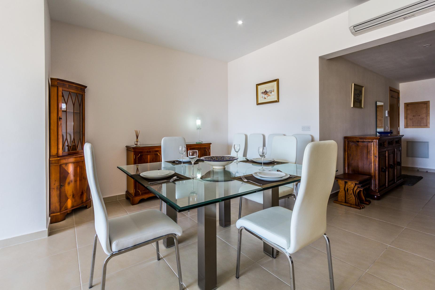 2 bed Apartment For Rent in Marsascala, Marsascala - thumb 3