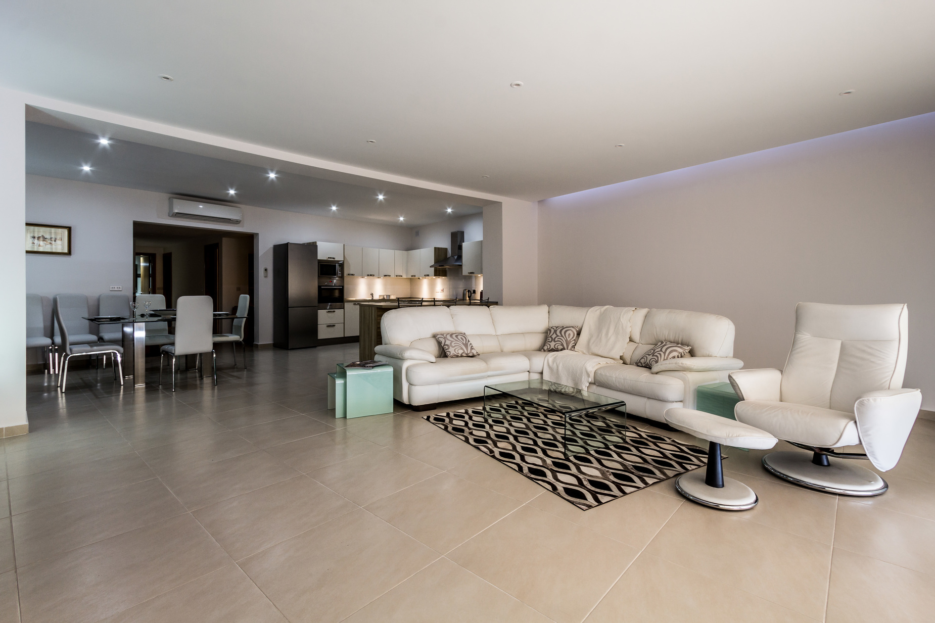 2 bed Apartment For Rent in Marsascala, Marsascala - thumb 2