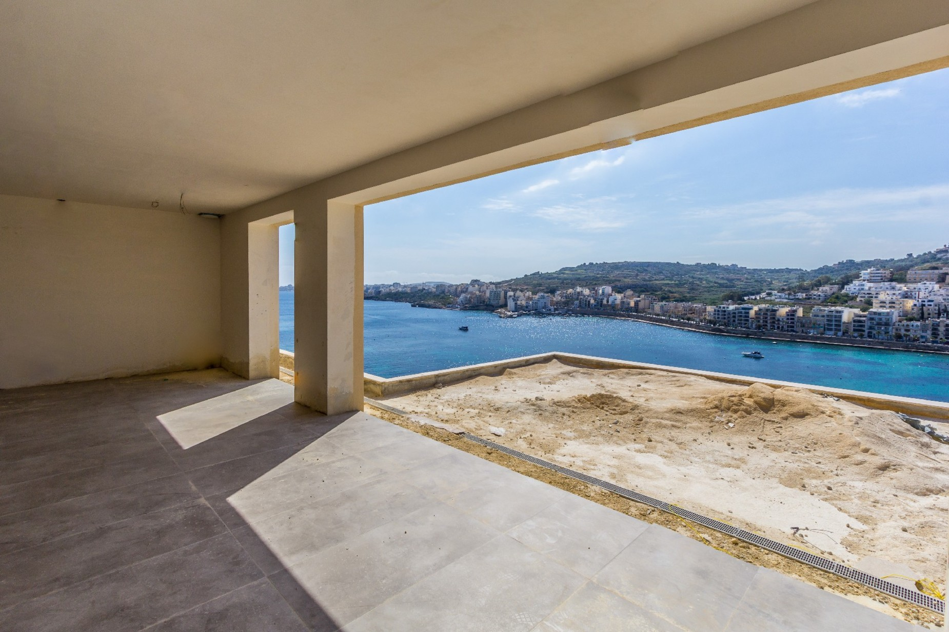 4 bed Penthouse For Sale in St Paul's Bay, St Paul's Bay - thumb 2