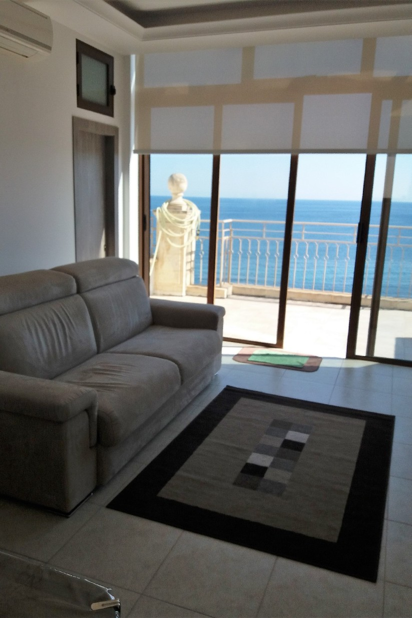 1 bed Penthouse For Rent in St Paul's Bay, St Paul's Bay - thumb 2