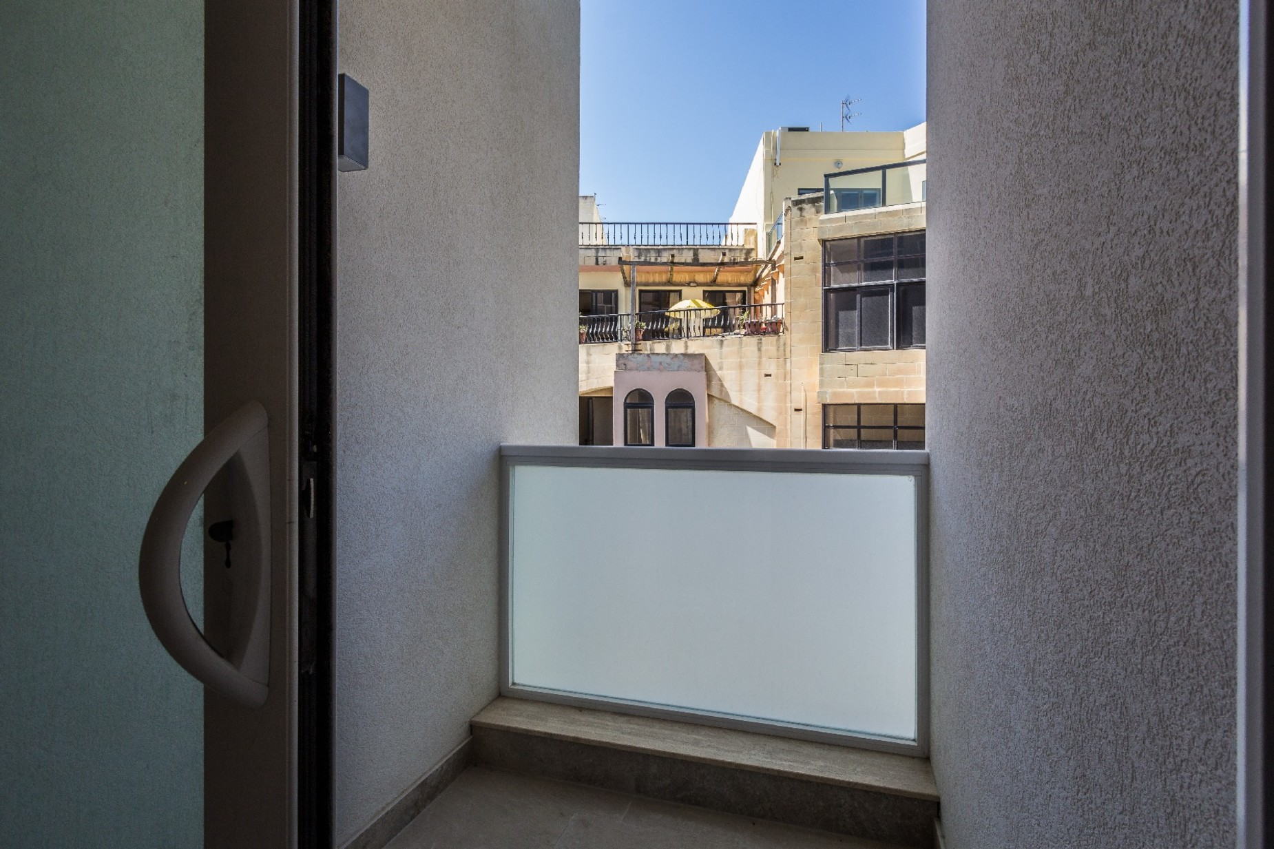 2 bed Apartment For Rent in Sliema, Sliema - thumb 12