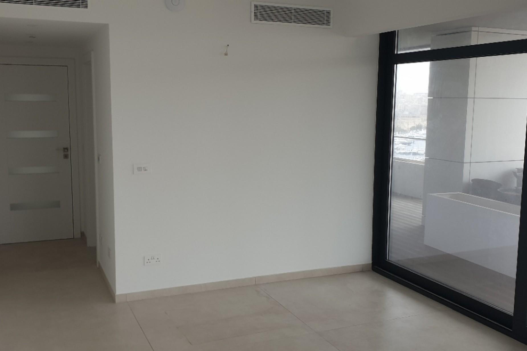 3 bed Apartment For Sale in Gzira, Gzira - thumb 4