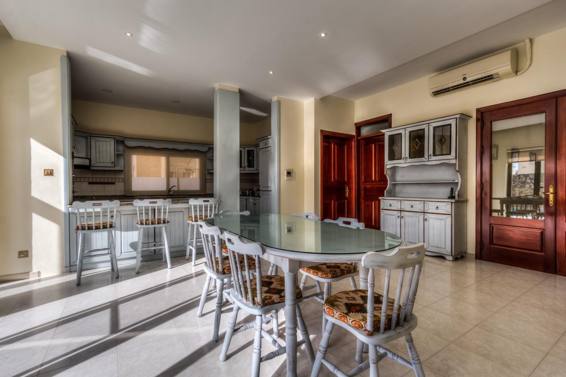 3 bed Villa For Rent in Rabat, Rabat - thumb 4