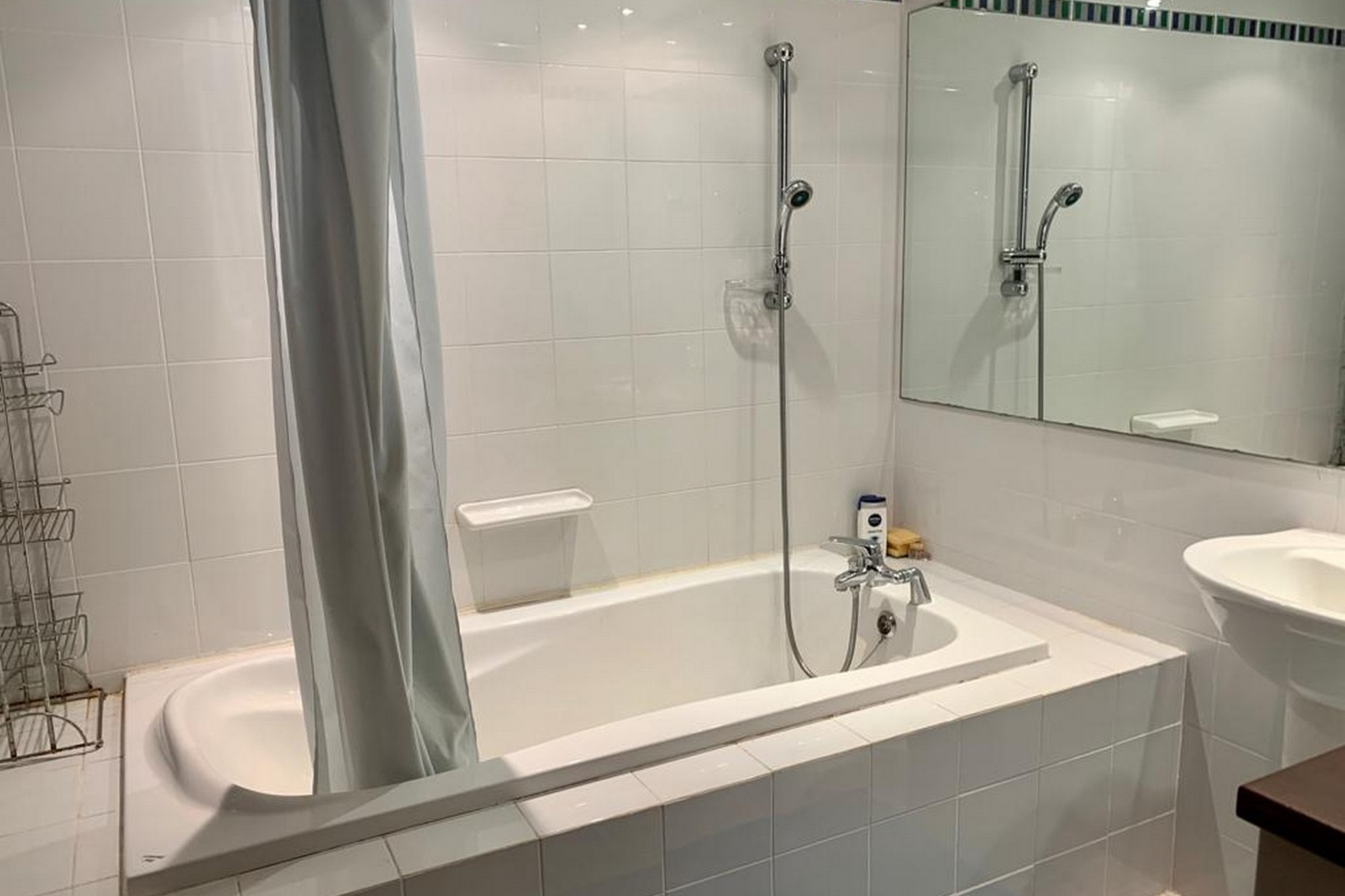 1 bed Apartment For Rent in St Julian's, St Julian's - thumb 9