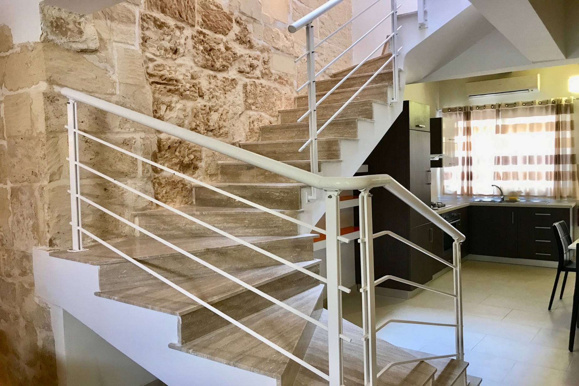 3 bed House of Character For Rent in Naxxar, Naxxar - thumb 4