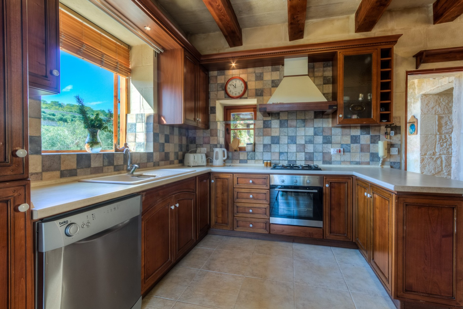3 bed Farmhouse For Sale in St Paul's Bay, St Paul's Bay - thumb 14