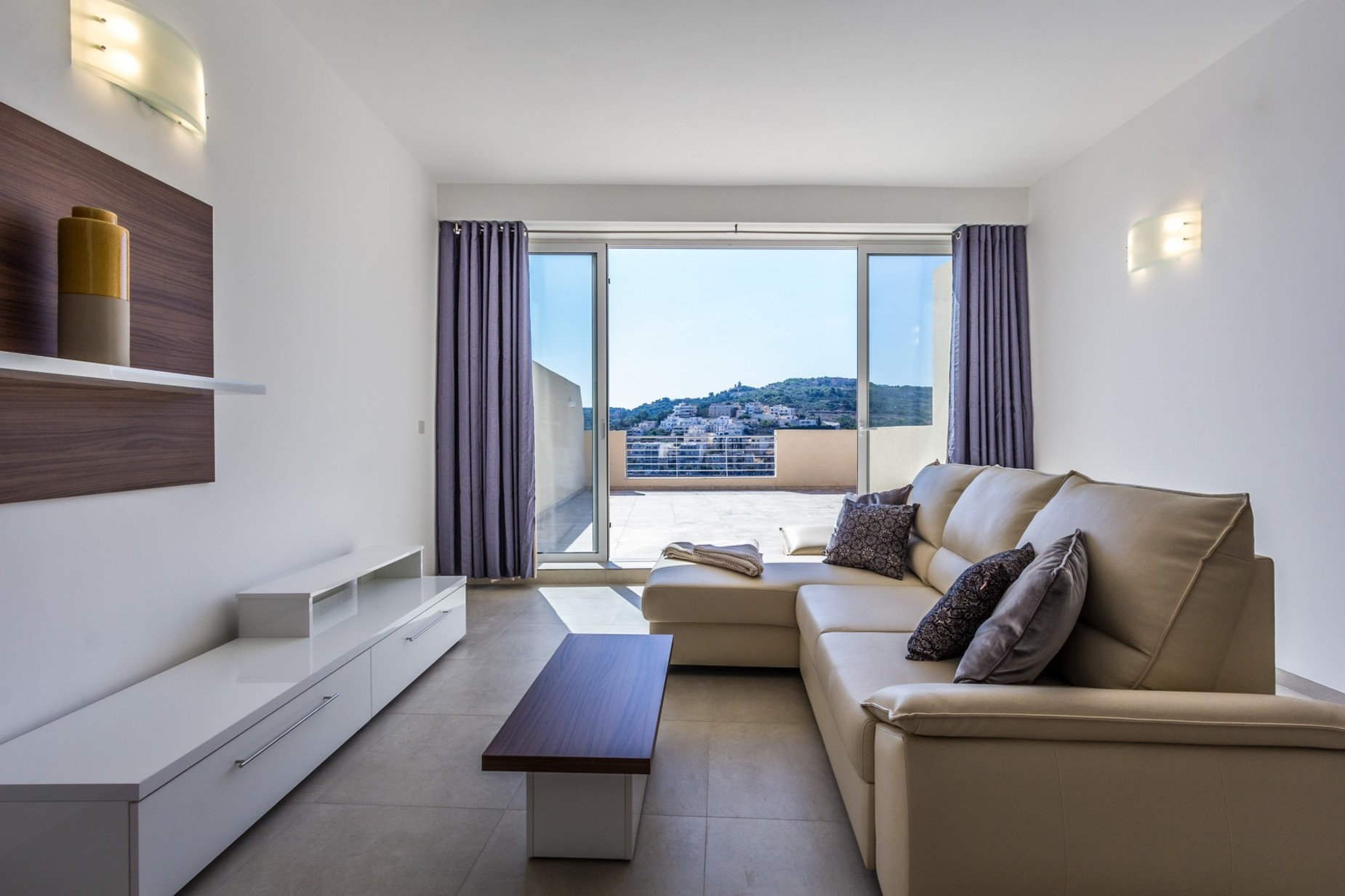 3 bed Apartment For Rent in St Paul's Bay, St Paul's Bay - thumb 5