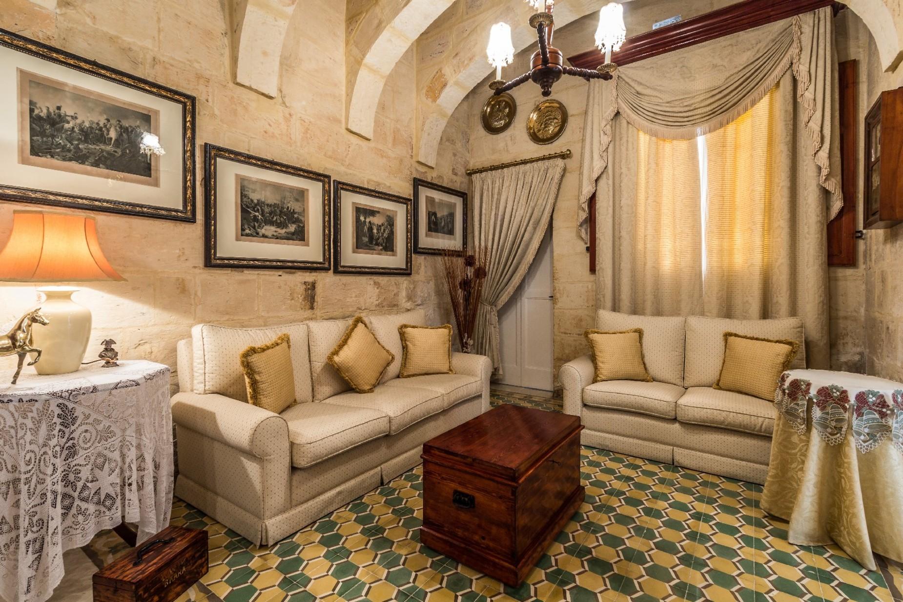 4 bed Town House For Sale in Birkirkara, Birkirkara - thumb 2