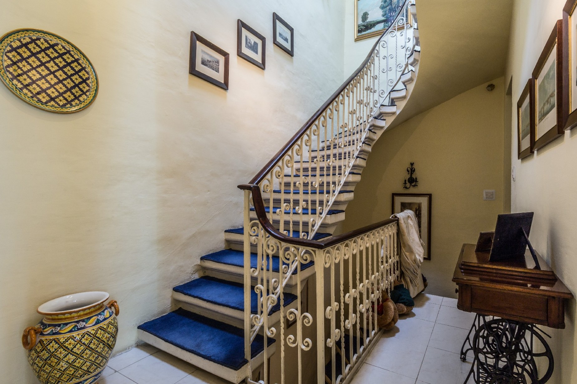 3 bed Town House For Rent in Sliema, Sliema - thumb 9