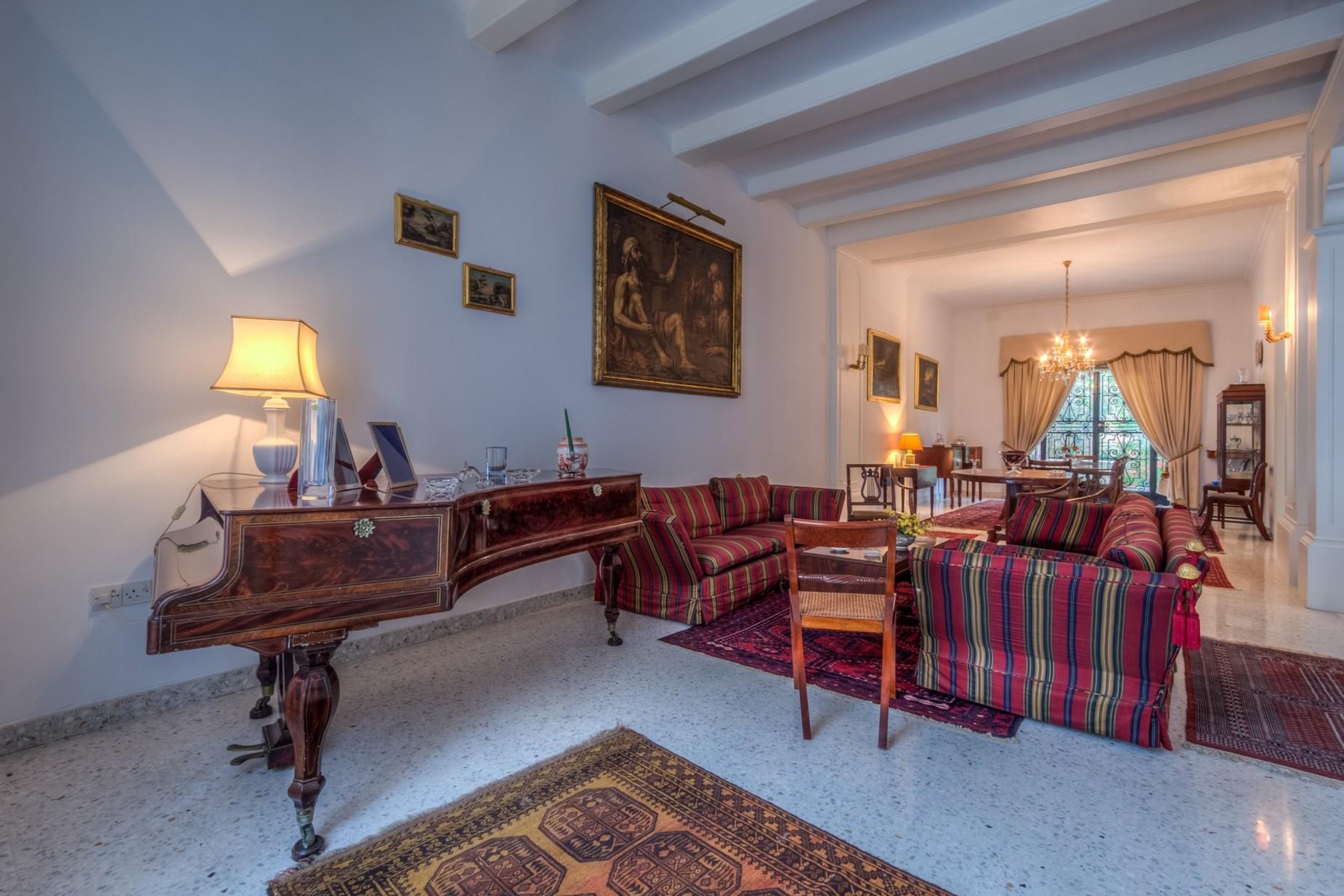5 bed Villa For Rent in St Julian's, St Julian's - thumb 4