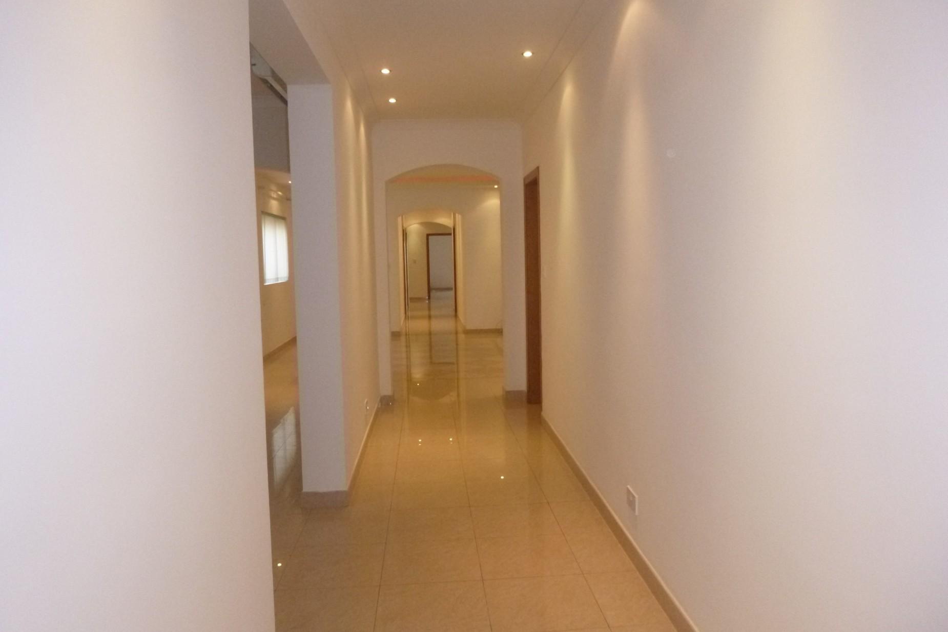 4 bed Apartment For Rent in Sliema, Sliema - thumb 6