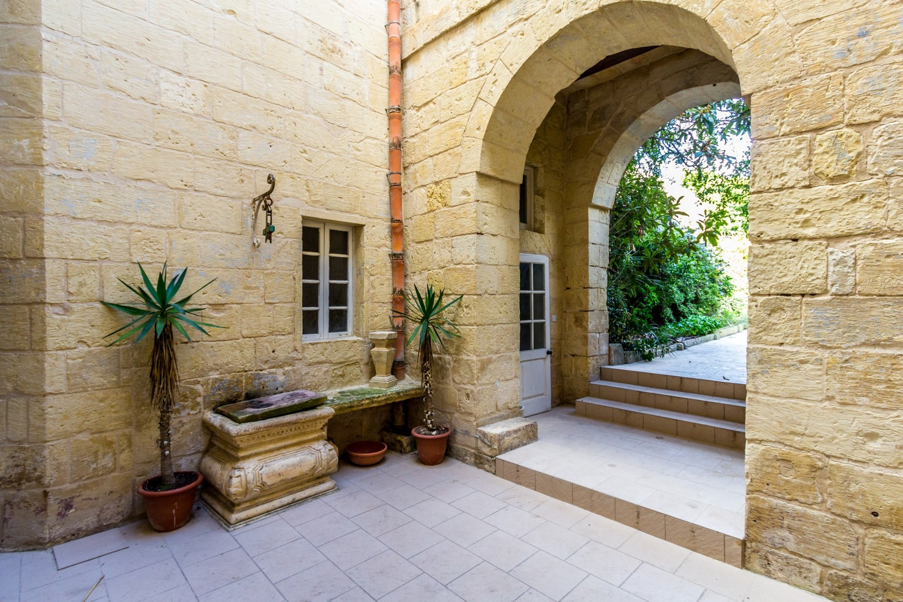 4 bed Palazzo For Sale in Attard, Attard - thumb 4