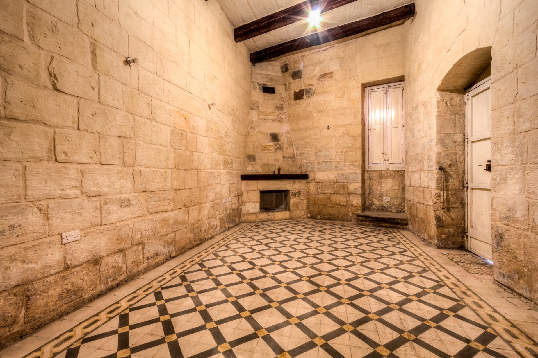 4 bed Palazzo For Sale in Attard, Attard - thumb 5