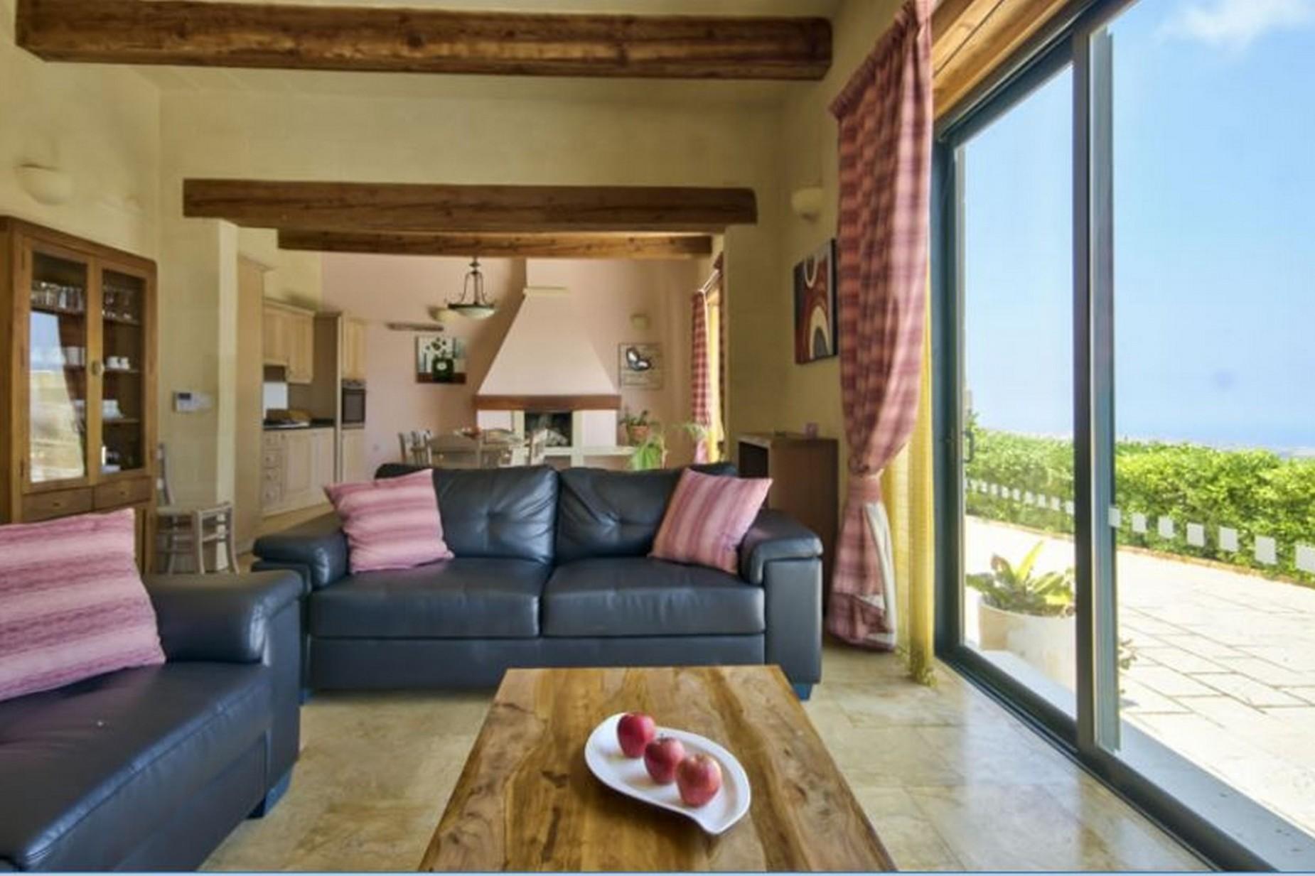 4 bed Farmhouse For Sale in Kercem, Kercem - thumb 3