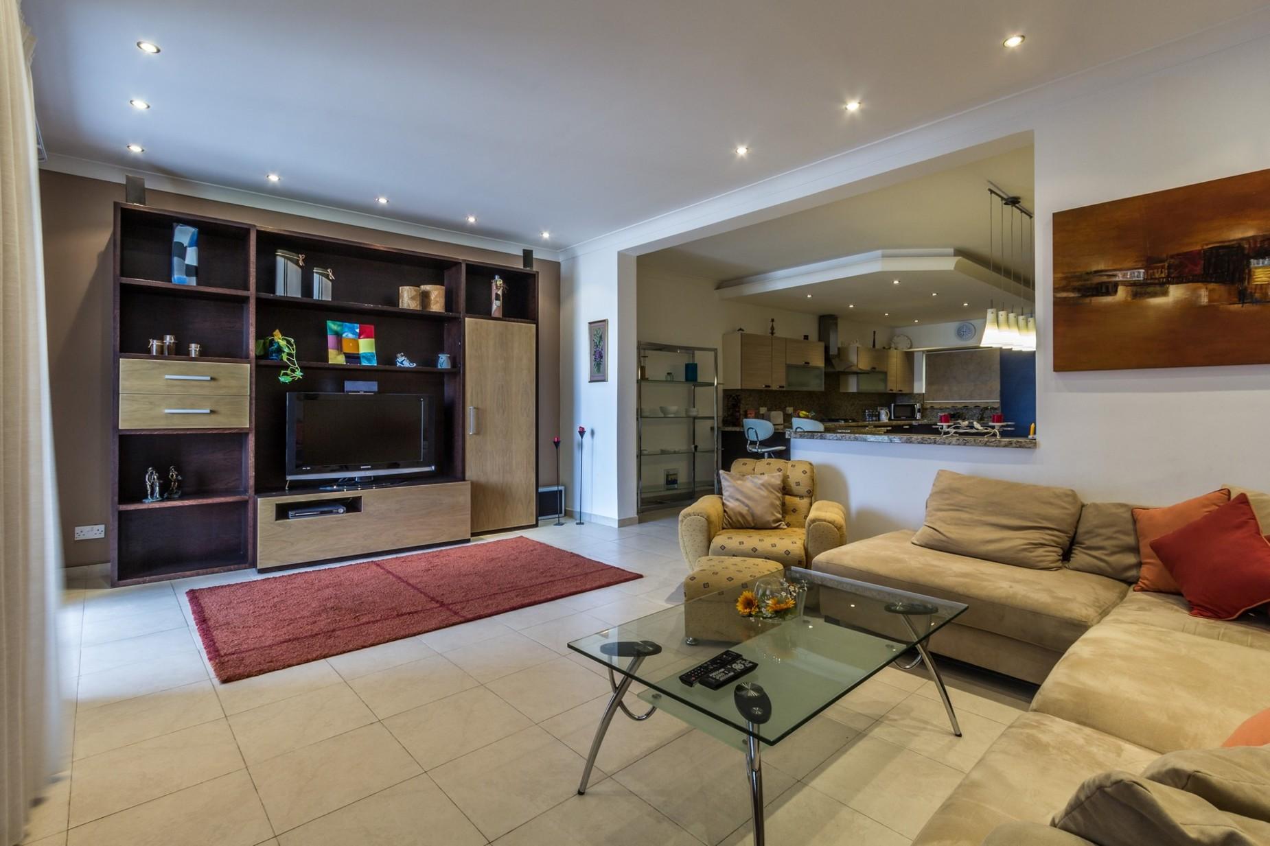 3 bed Apartment For Sale in Qawra, Qawra - thumb 3