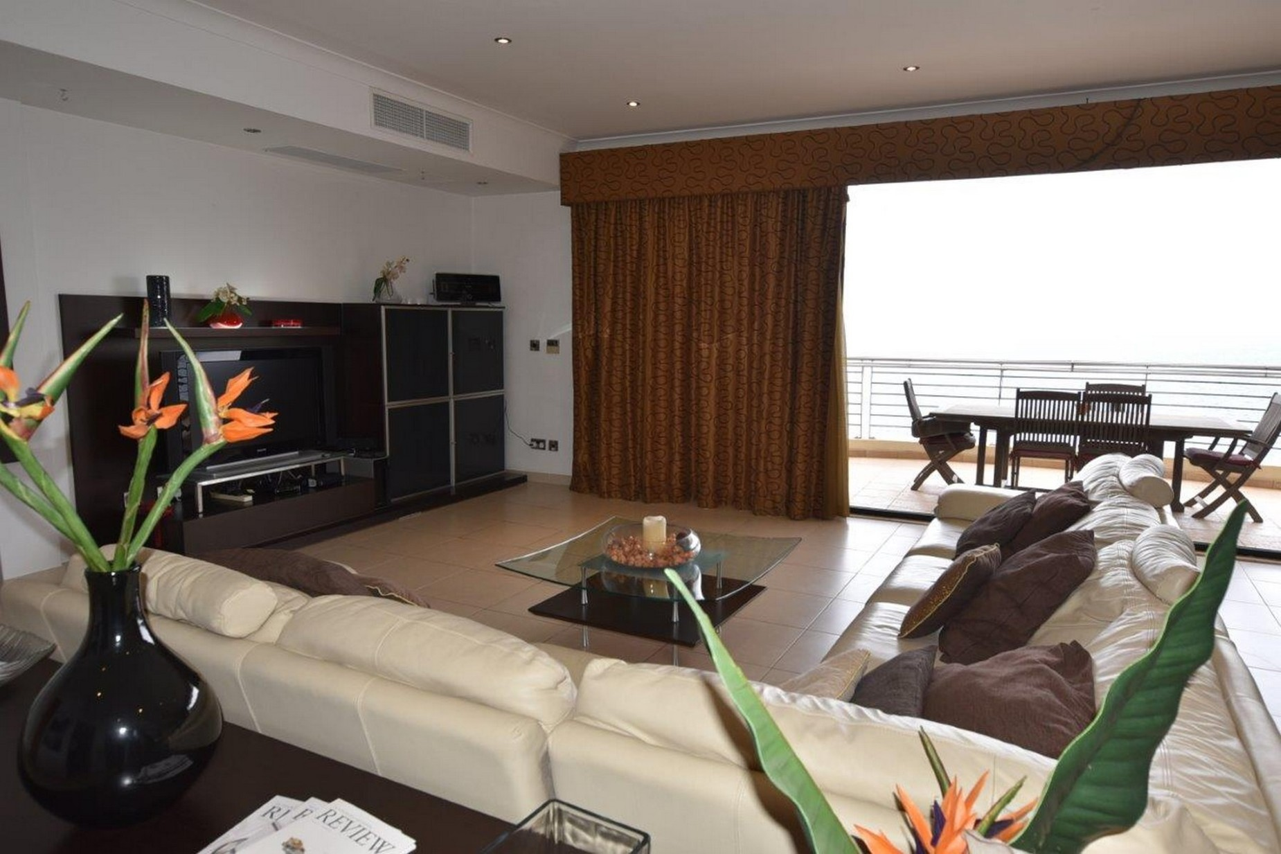 4 bed Apartment For Rent in Sliema, Sliema - thumb 8