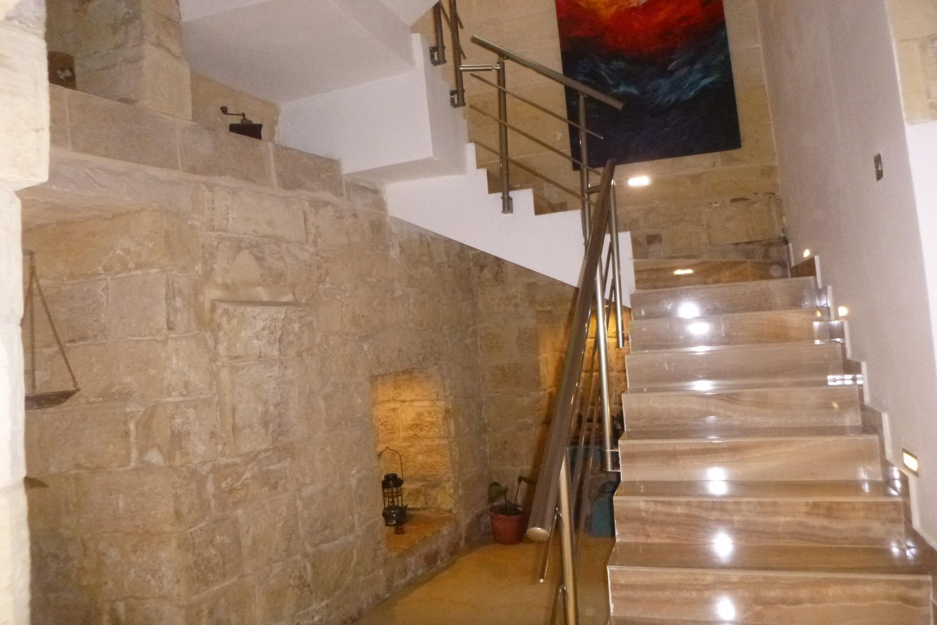 2 bed House of Character For Rent in Qormi, Qormi - thumb 6