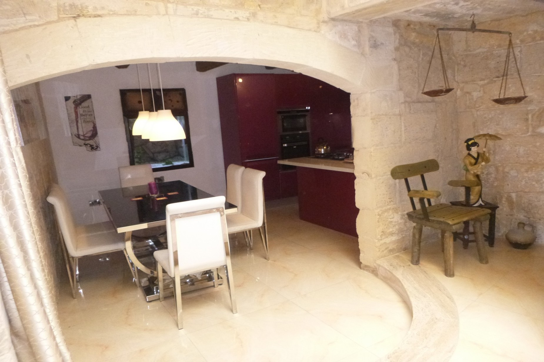 2 bed House of Character For Rent in Qormi, Qormi - thumb 3