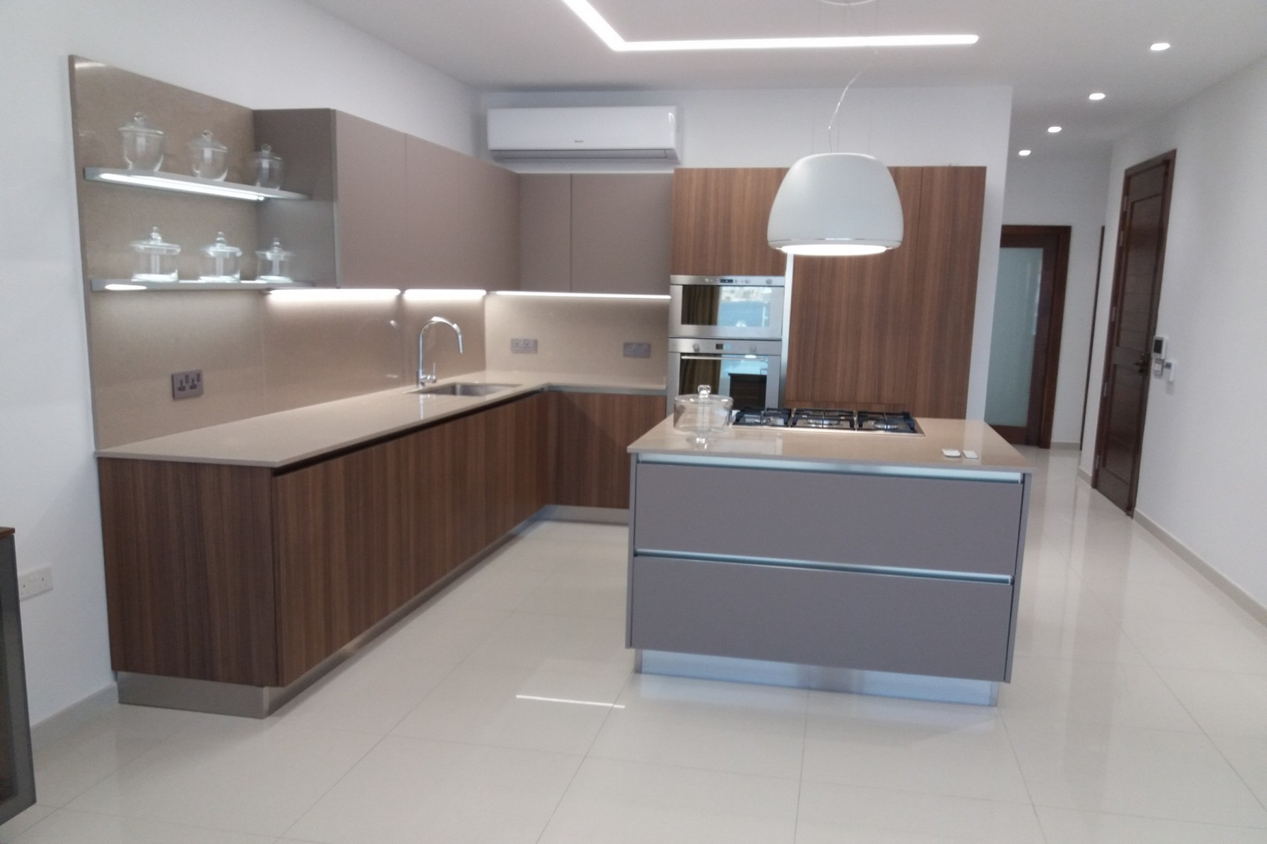2 bed Apartment For Rent in Bugibba, Bugibba - thumb 7