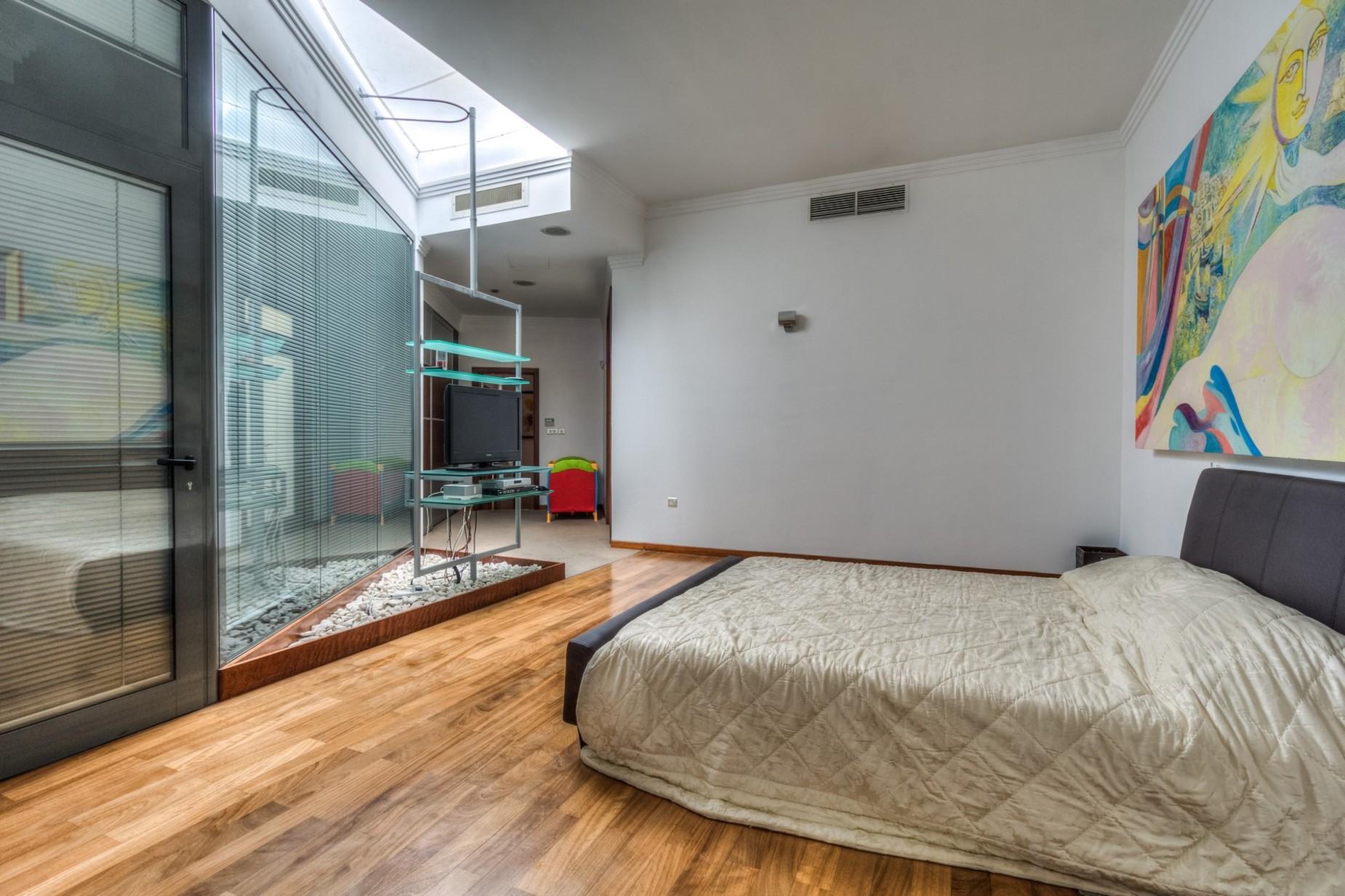 3 bed Penthouse For Sale in St Julian's, St Julian's - thumb 10