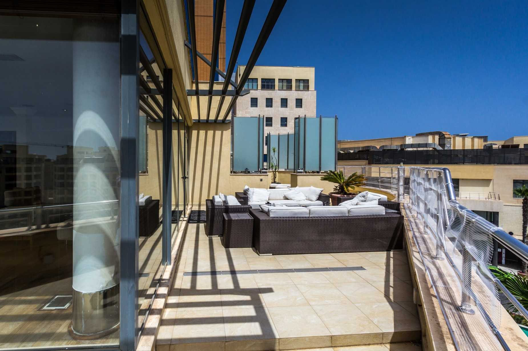 3 bed Penthouse For Rent in St Julian's, St Julian's - thumb 18