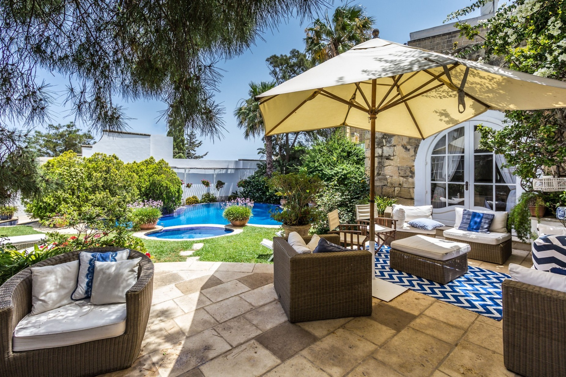 4 bed House of Character For Sale in St Julian's, St Julian's - thumb 2